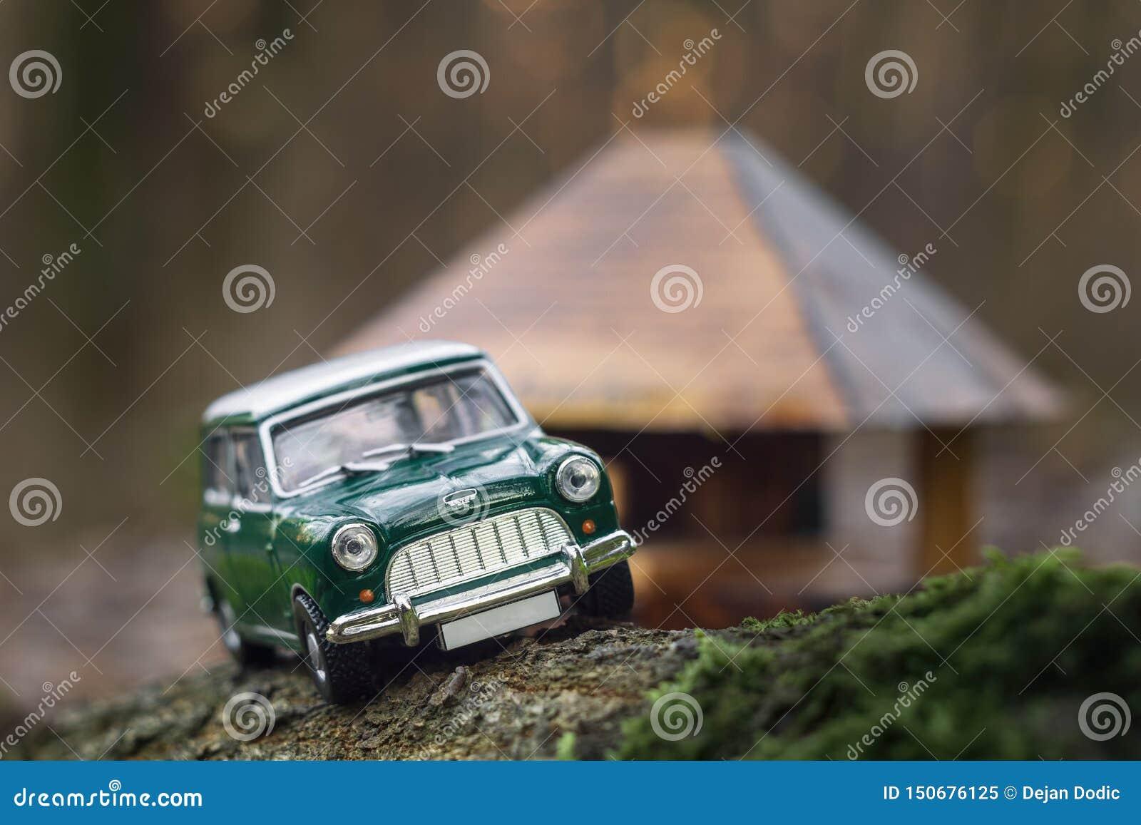 微型莫里斯葡萄酒汽车玩具