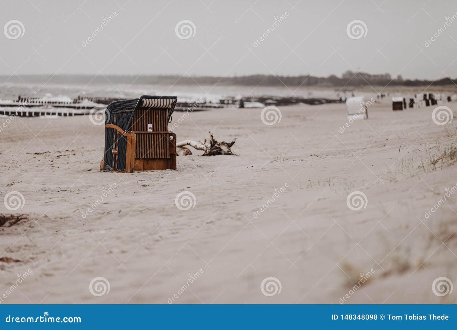 德国海滩睡椅在Ostseebad阿伦斯霍普