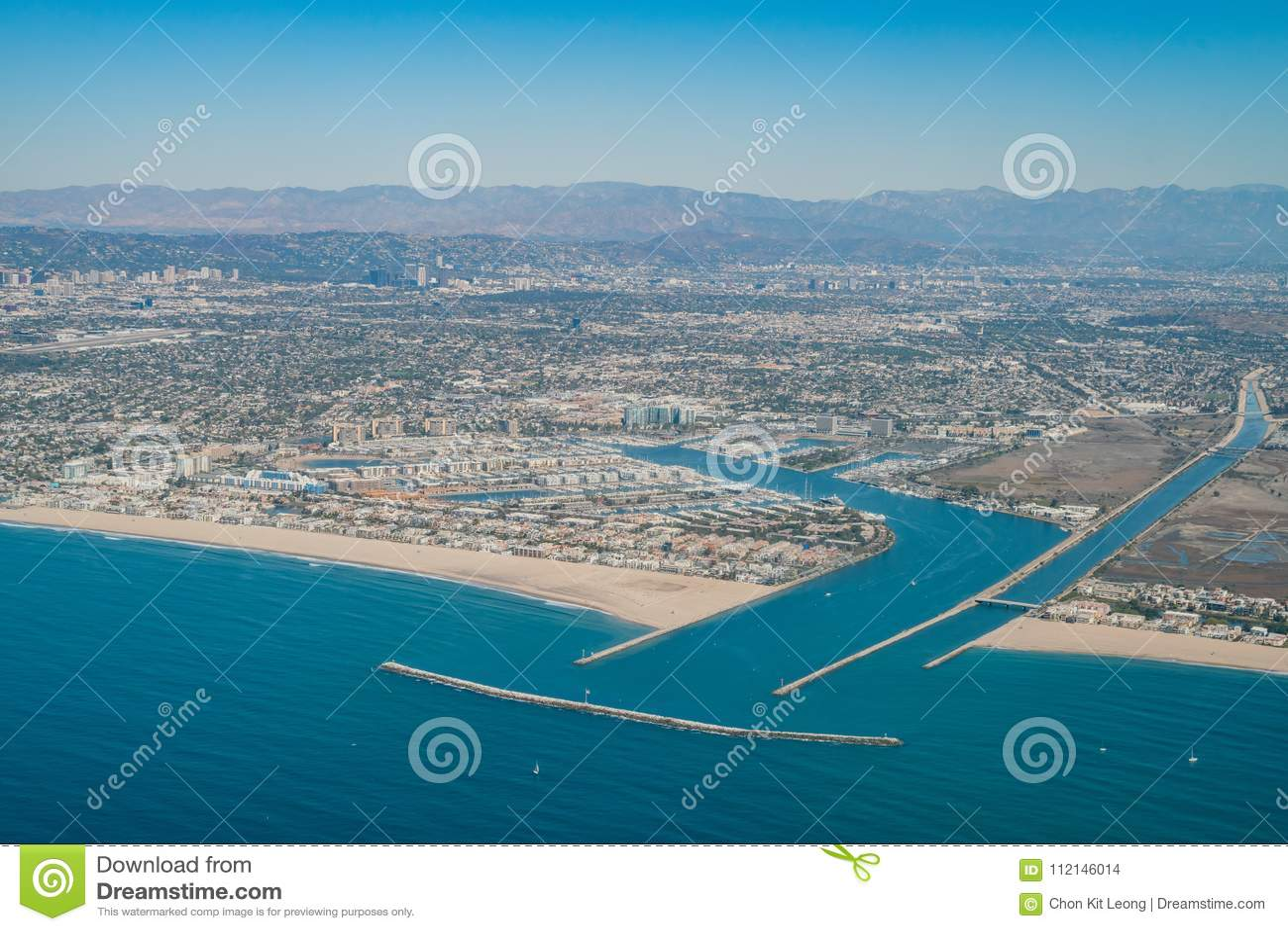 德拉瑞码头和海滨del Rey鸟瞰图