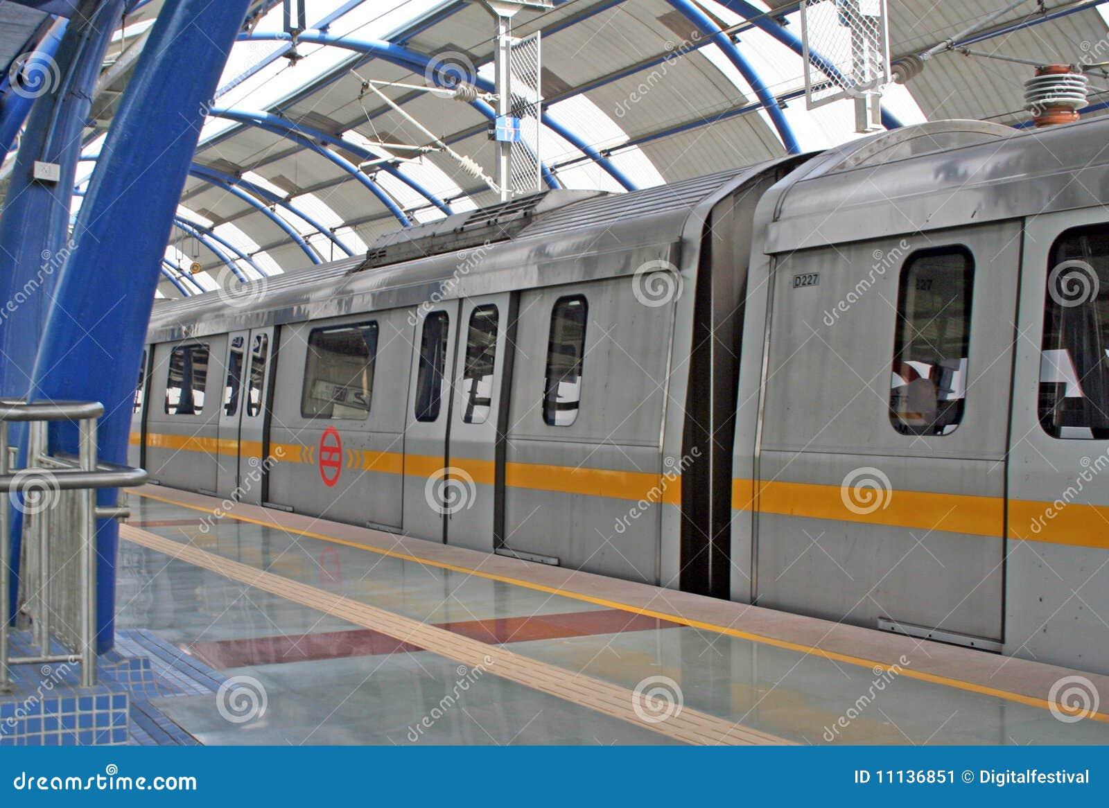 德里印度地铁新的铁路运输