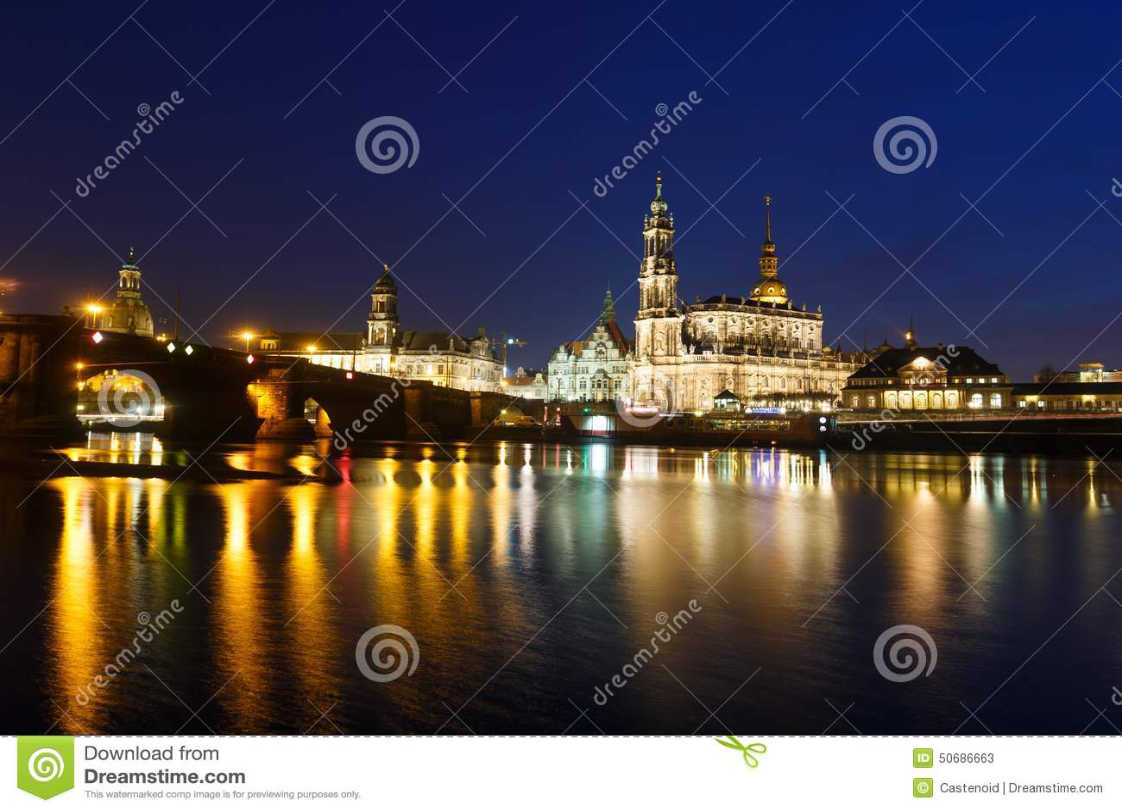 Download 德累斯顿都市风景 库存图片. 图片 包括有 晚上, 贿赂, 黄昏, 新古典主义, 古典, 安排, 地标, 夜间 - 50686663