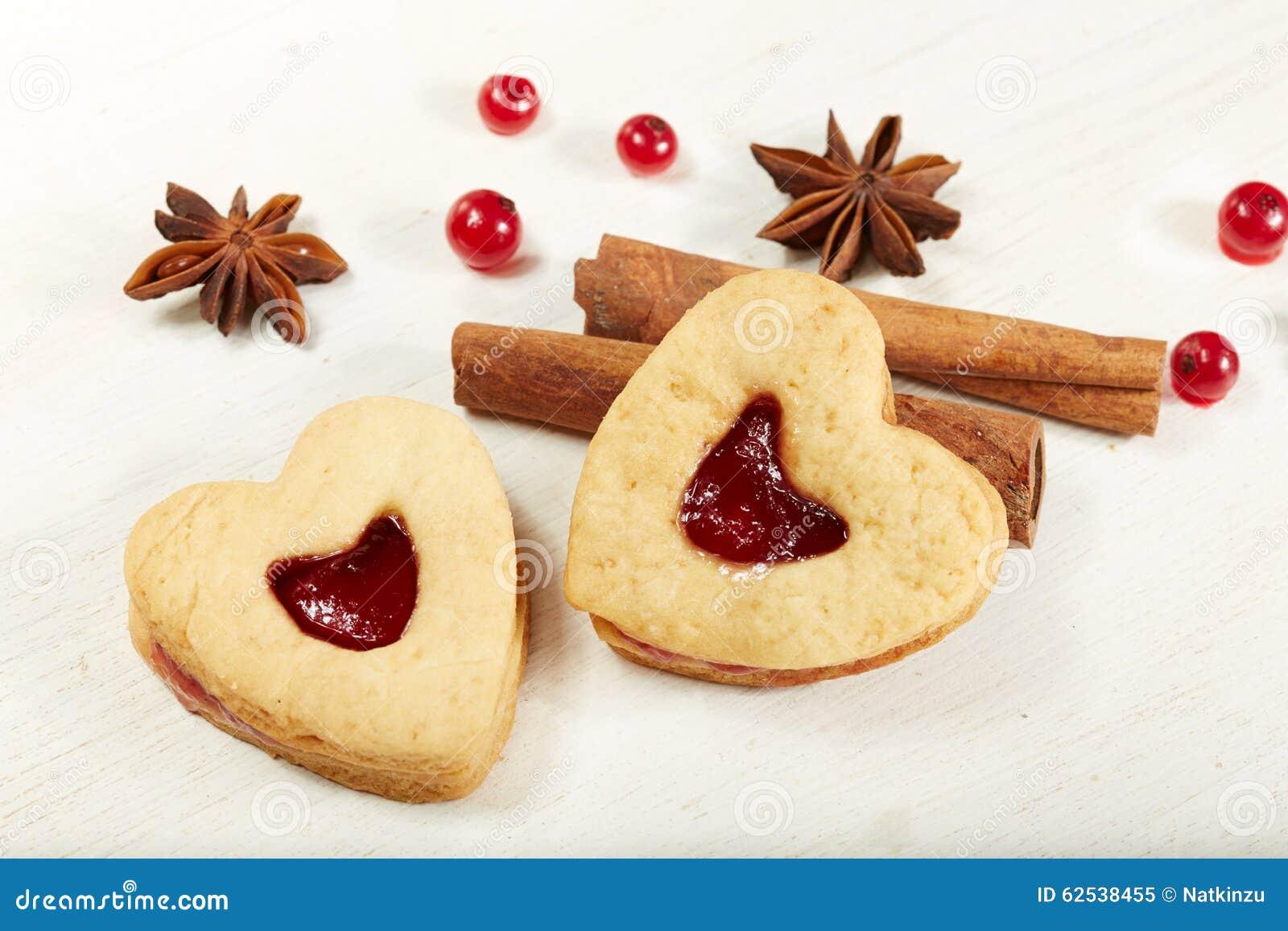 心形的曲奇饼用堵塞