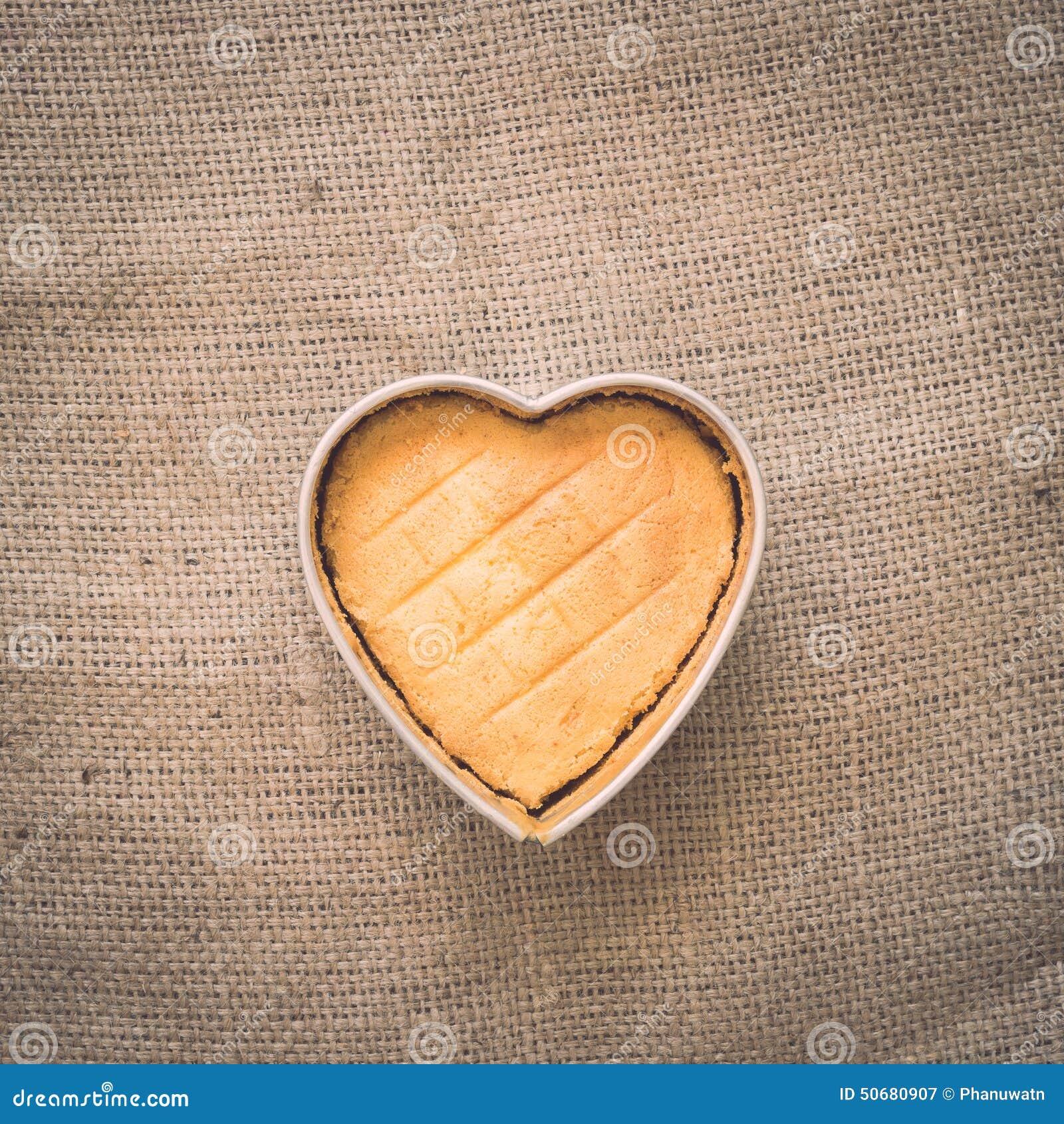 Download 心脏黄油蛋糕 库存图片. 图片 包括有 部分, 背包, 制动手, 设计, 靠山, 特写镜头, 布料, 咖啡 - 50680907