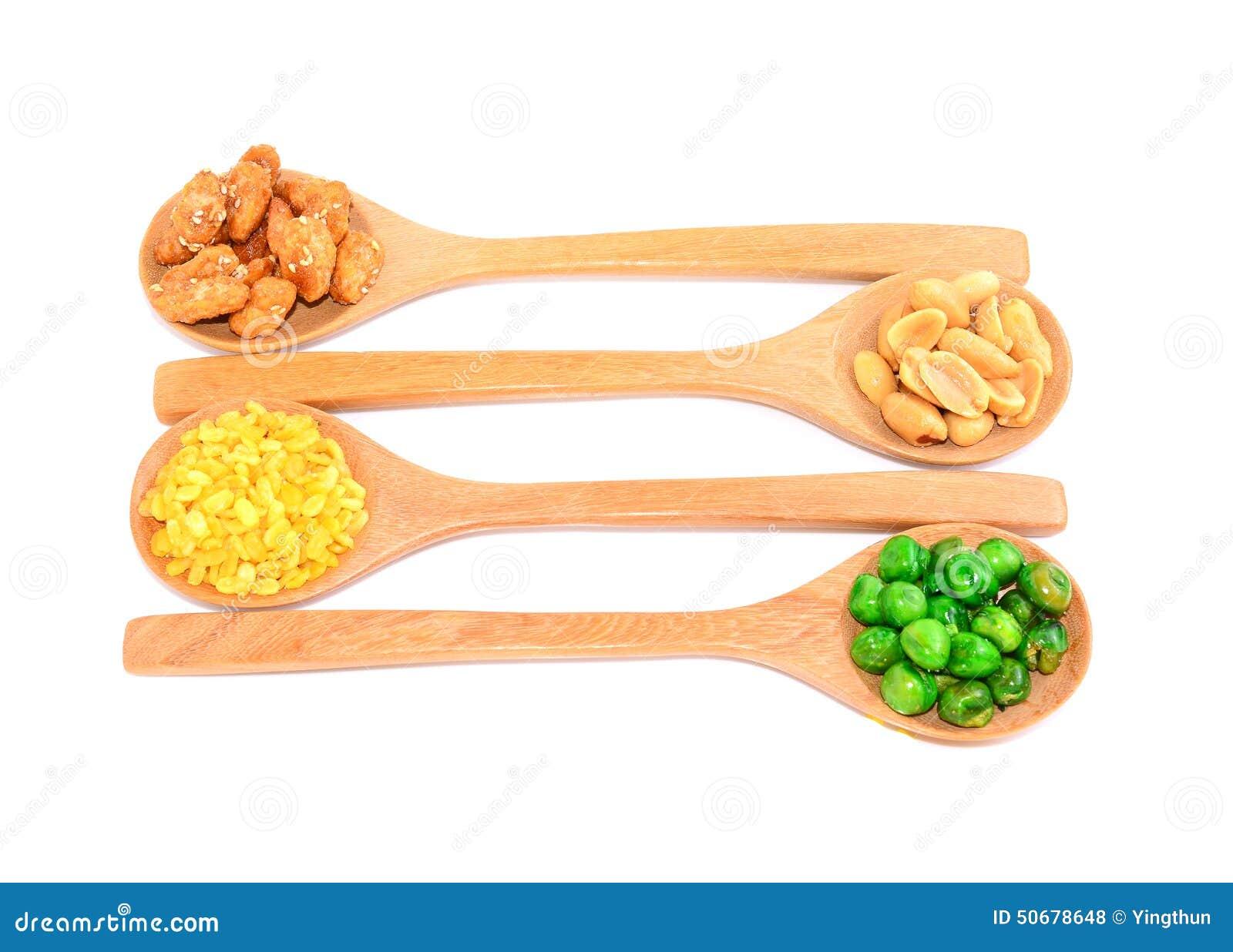 Download 快餐坚果有白色背景 库存照片. 图片 包括有 混杂, 螺母, 快餐, 健康, 背包, 马卡达姆坚果, 混合 - 50678648