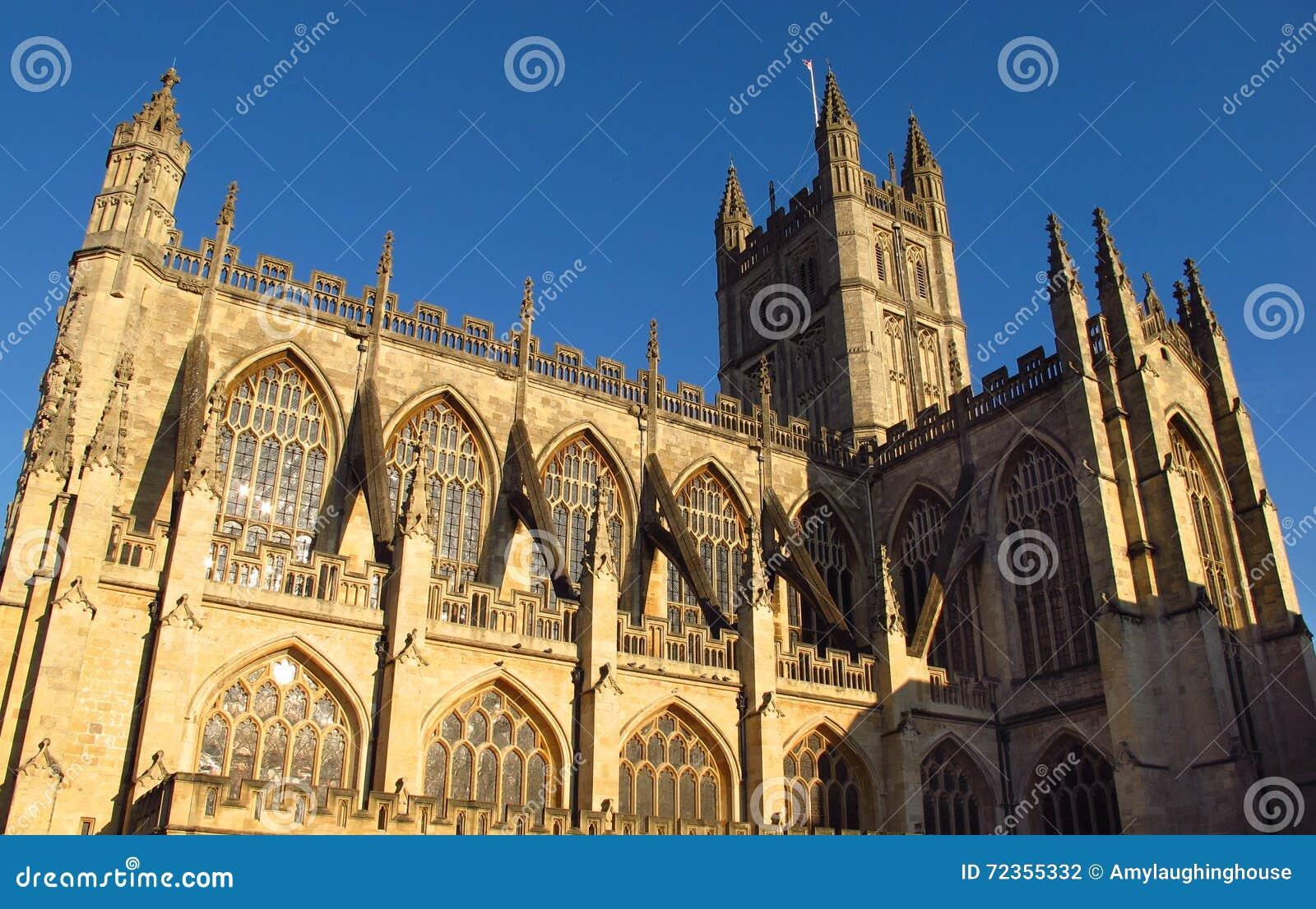 巴恩在蓝天下的修道院巴恩英国