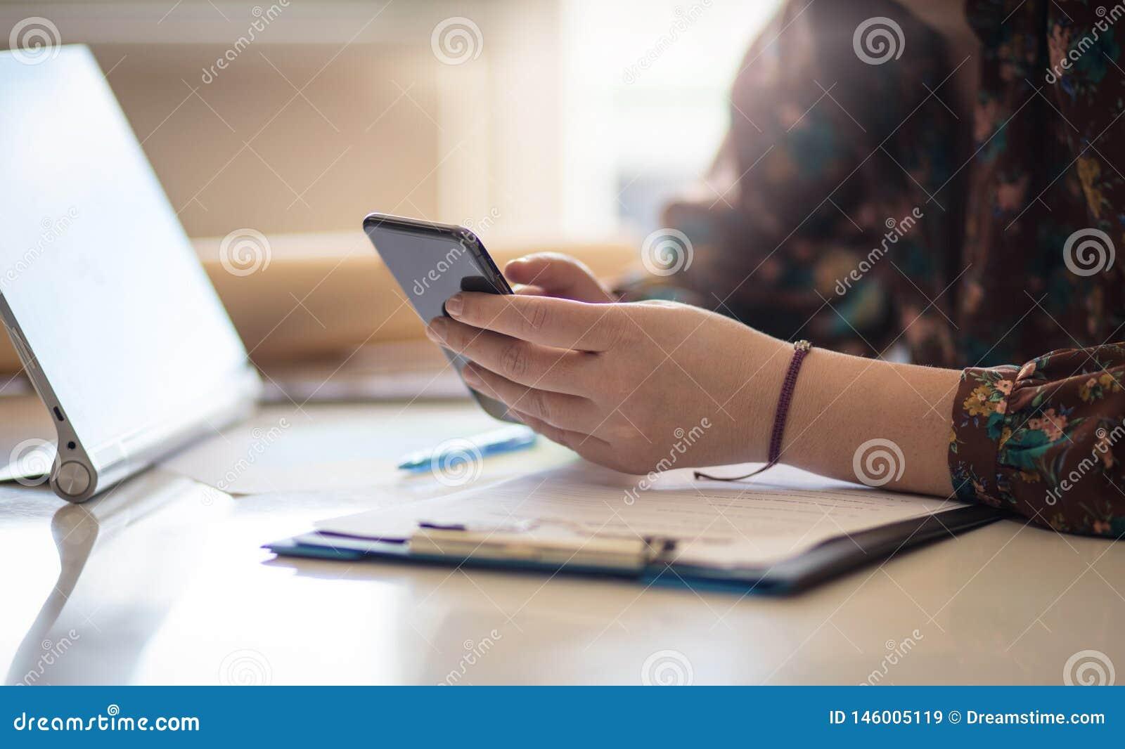 您的客户等待收到你的来信