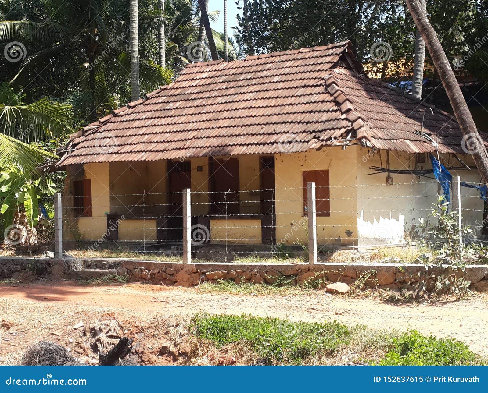 您能在村庄看到的瓦片房子