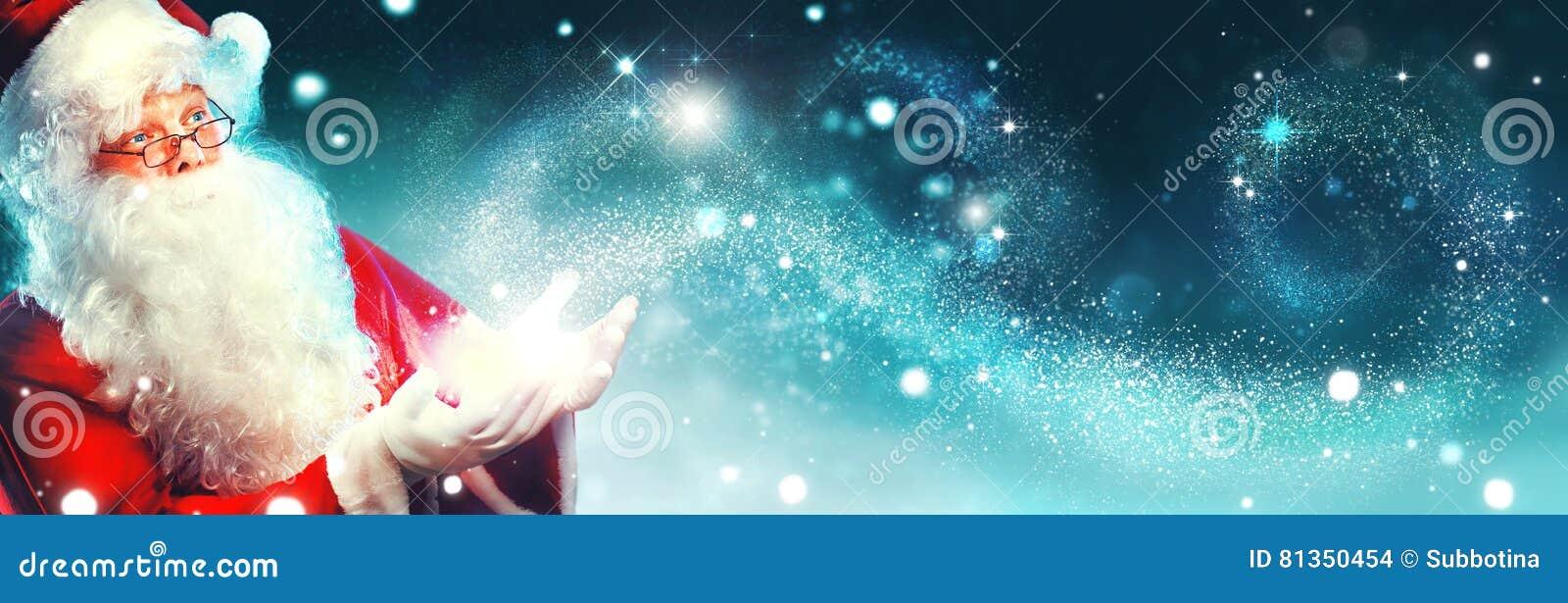 愉快的圣诞老人画象有不可思议的光的