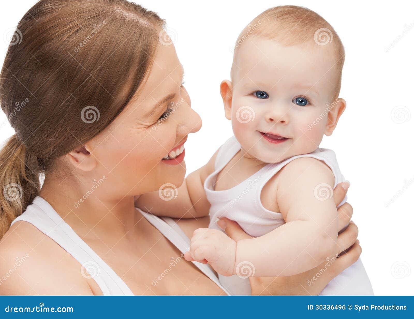 有可爱的婴孩的愉快的母亲
