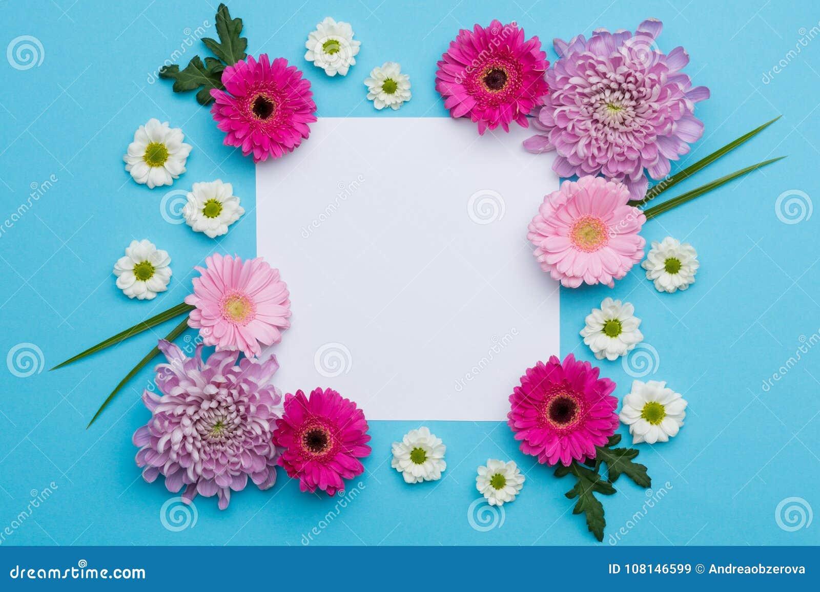 愉快的母亲` s天,妇女` s天,华伦泰` s天或生日淡色糖果上色背景 花卉舱内甲板位置贺卡