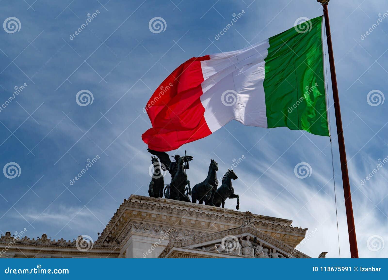 意大利旗子意大利绿色白色和红色在罗马