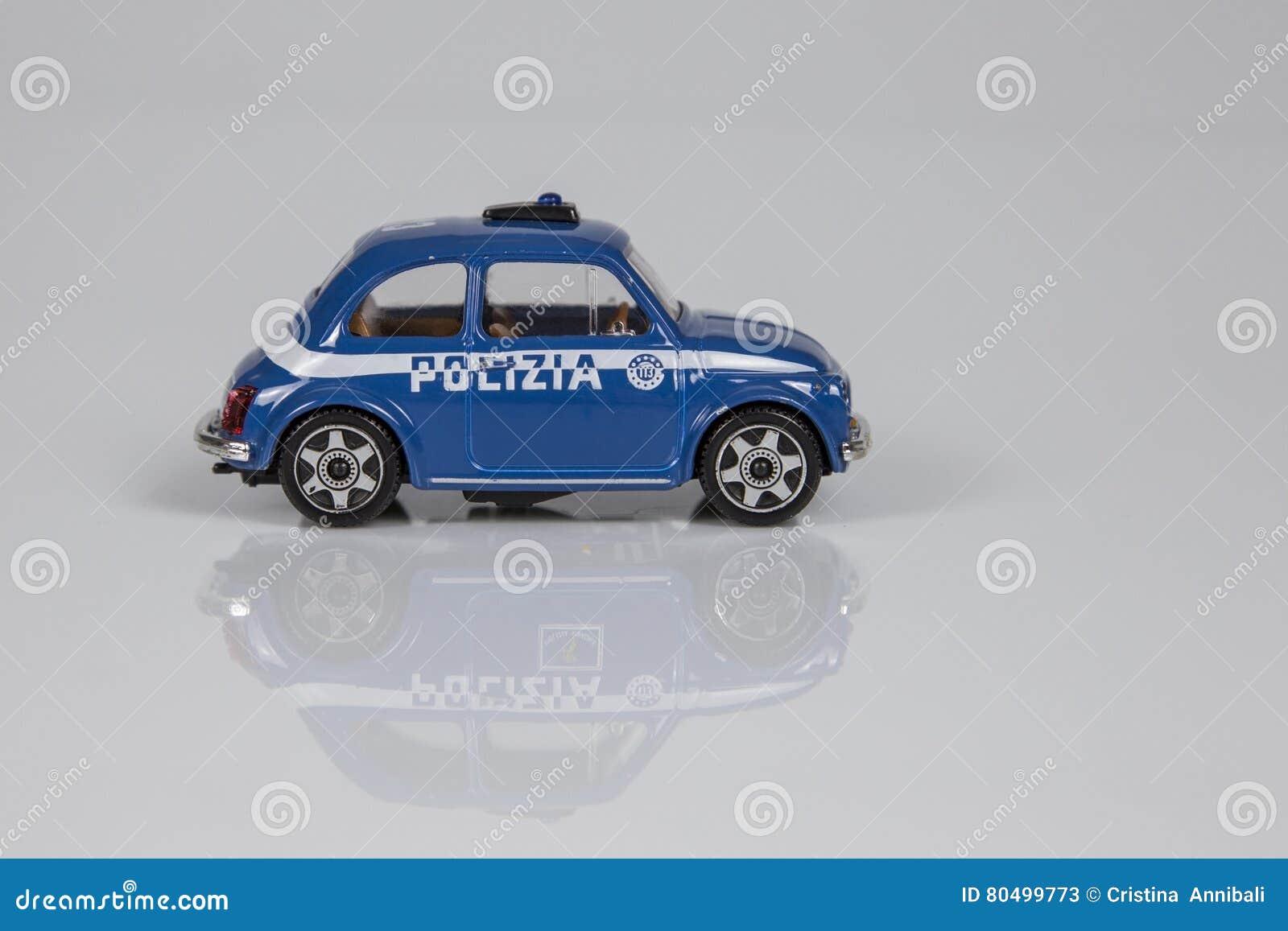 意大利警察的玩具汽车