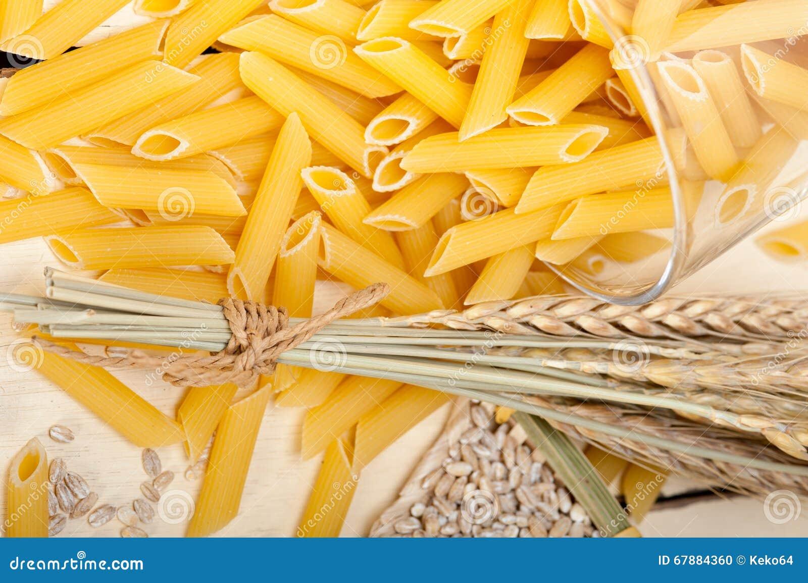 意大利面团penne用麦子