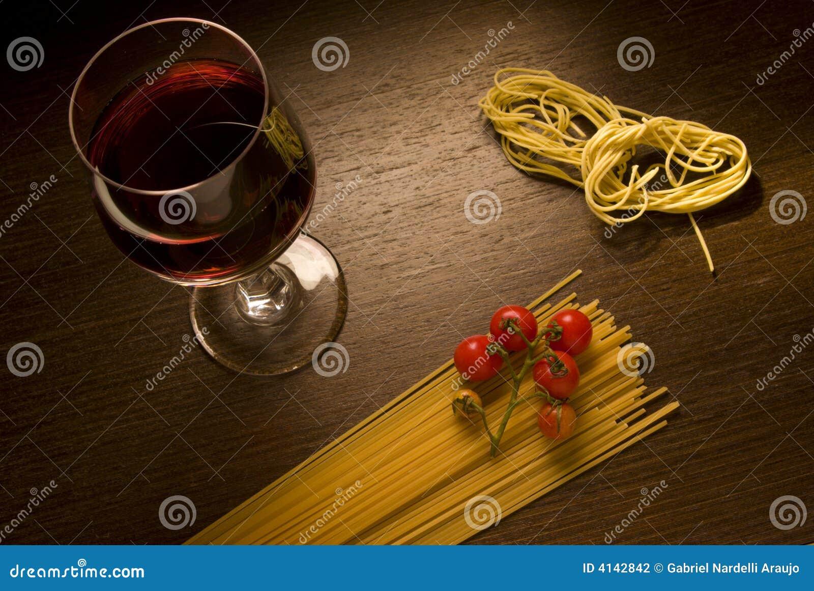 意大利面食酒