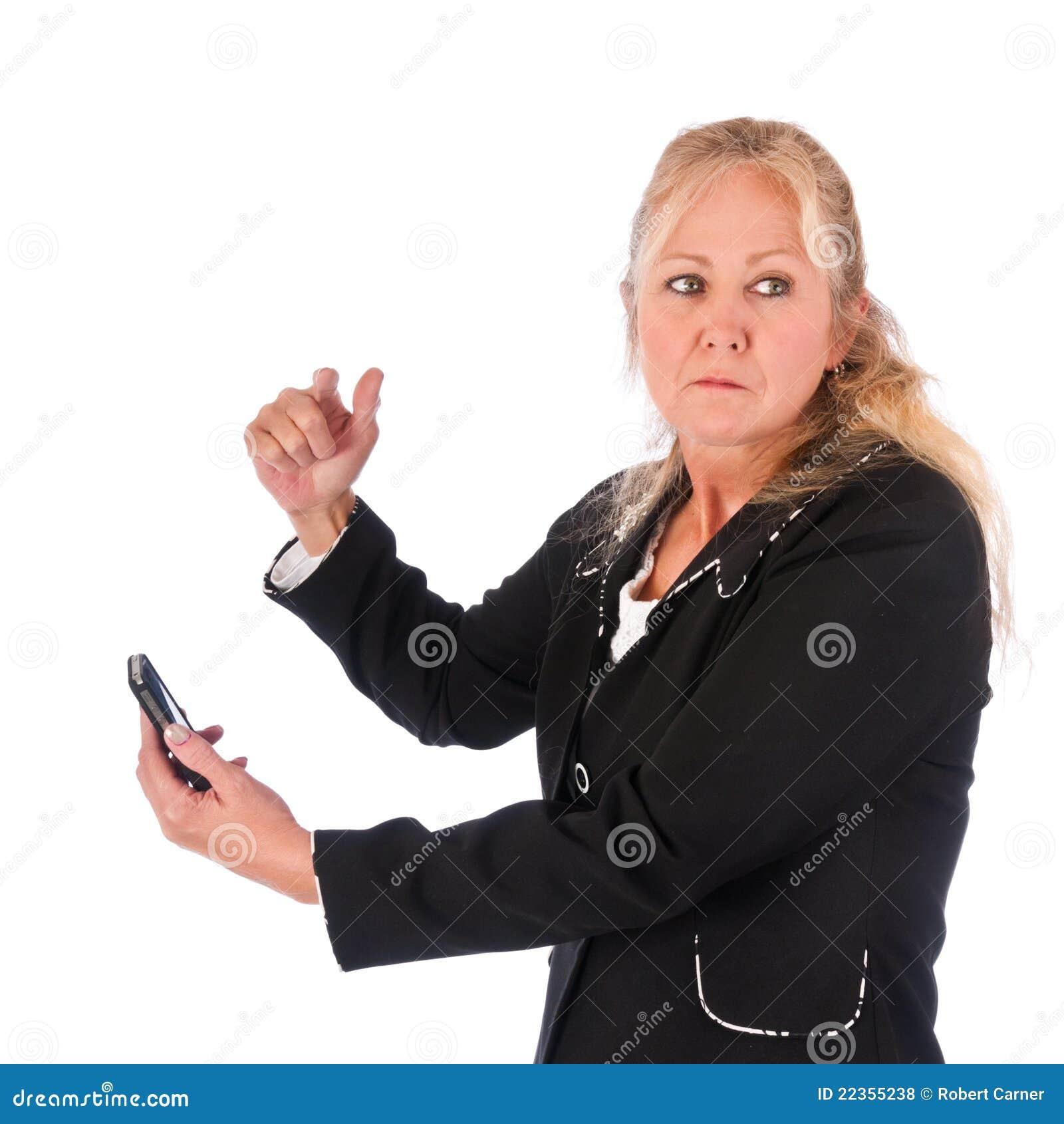 成人恼怒的移动电话妇女