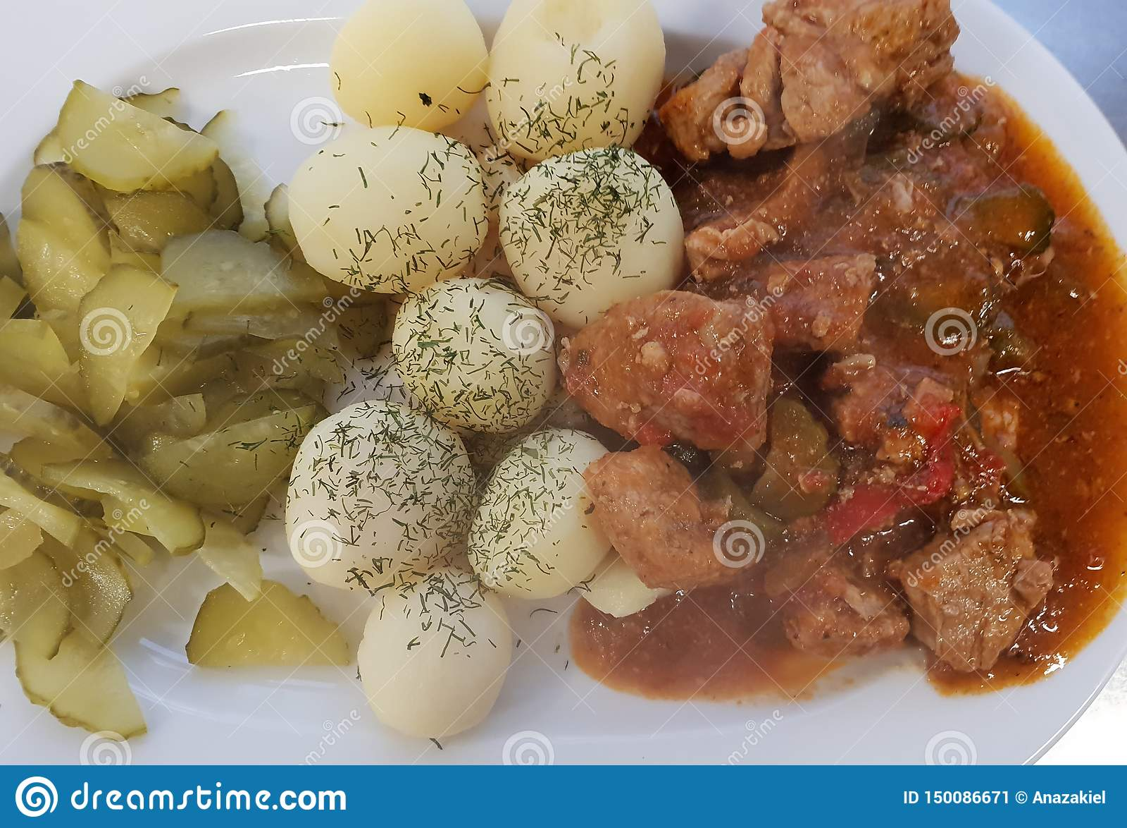我爱吃肉和土豆