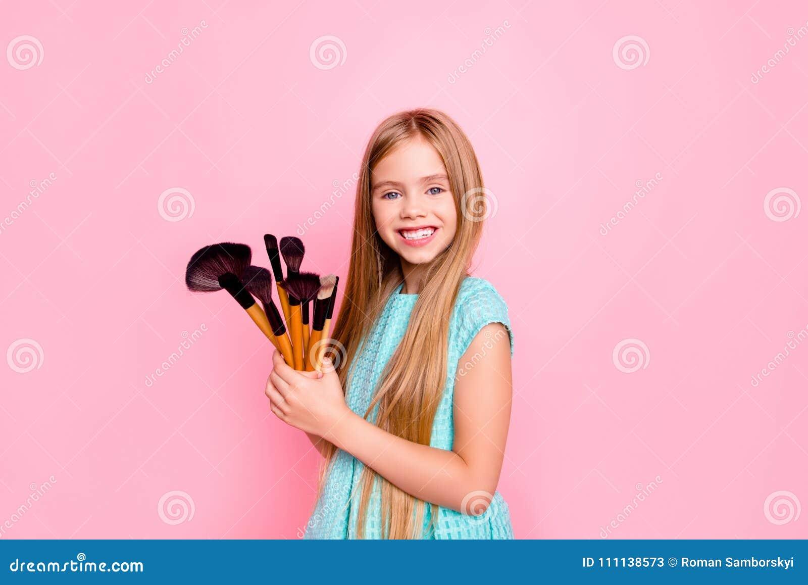 我要是制造艺术家!逗人喜爱的迷人的甜可爱的deligh