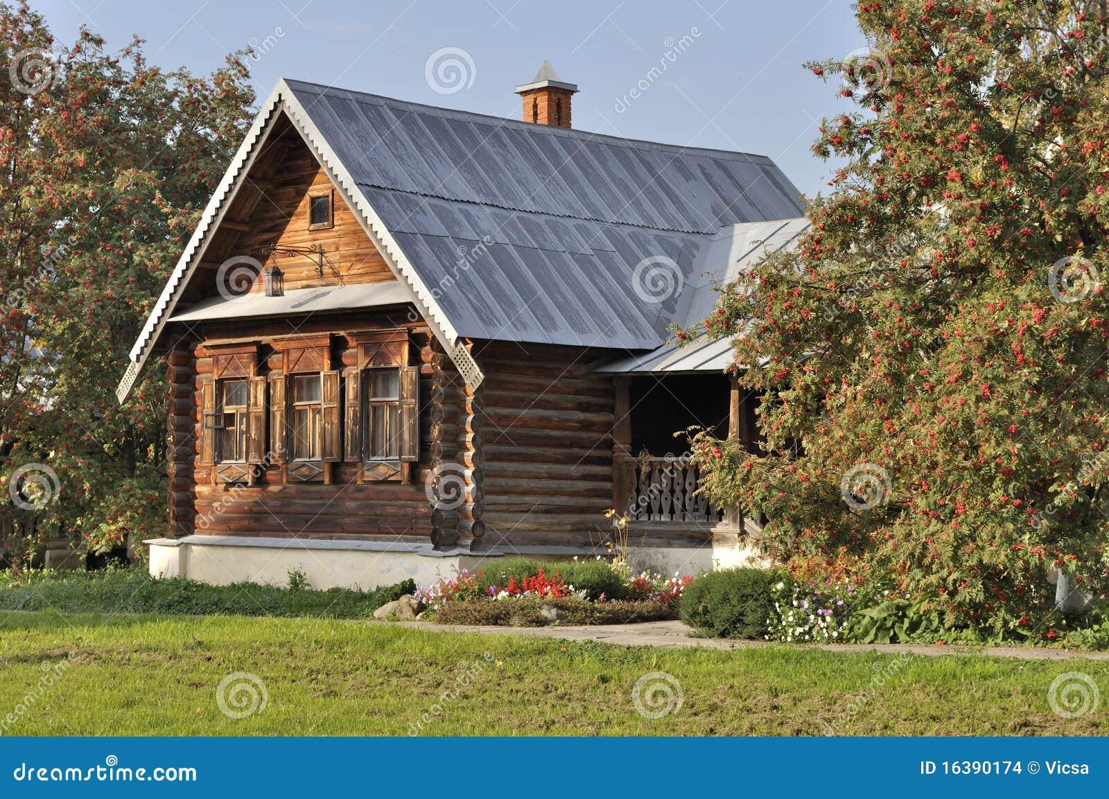 房子门廊木花揪的结构树