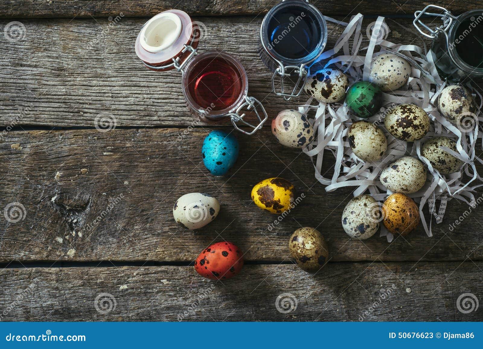 Download 所有背景蓬蒿碗柔荑花复活节彩蛋木一些表的蕃茄 库存图片. 图片 包括有 食物, 概念, beautifuler - 50676623