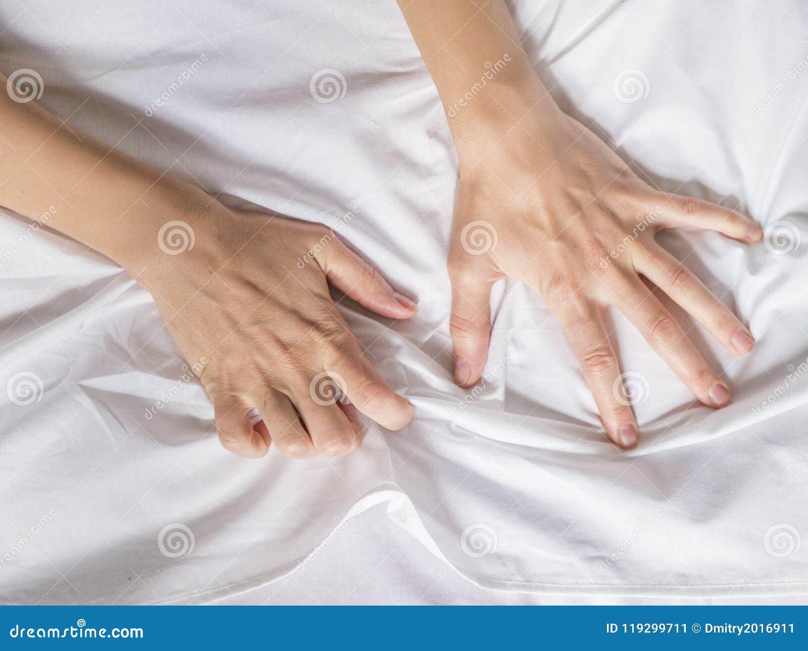成人性交视下载_销魂的标志,感觉乐趣或性交高潮 库存图片 - 图片 包括有 成人, 人们