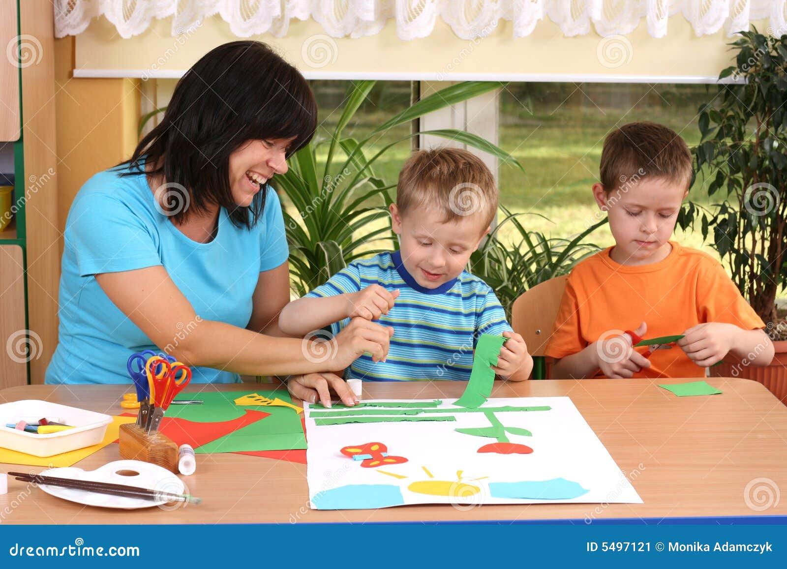 手工学龄前儿童技能