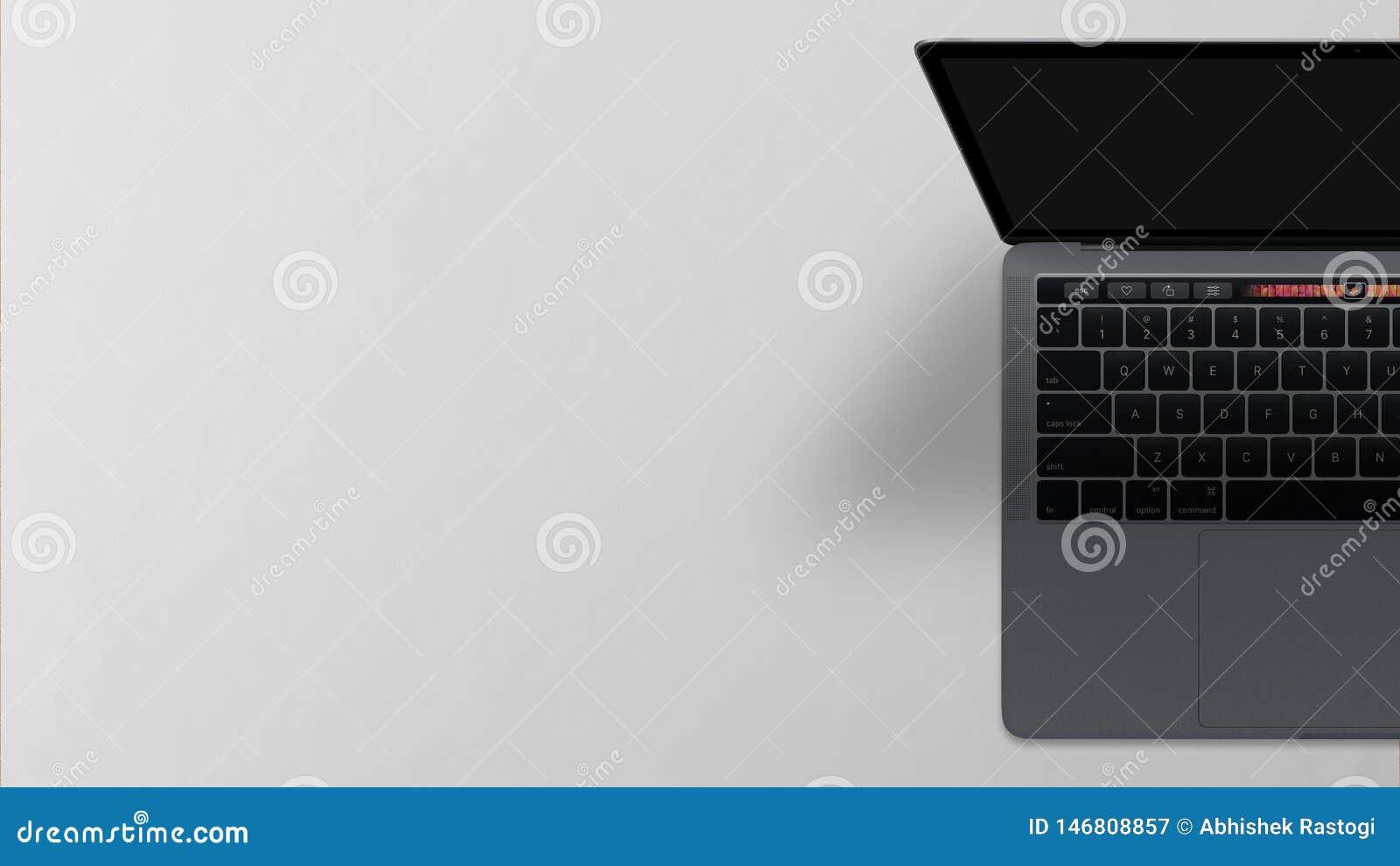 手提电脑黑屏顶视图