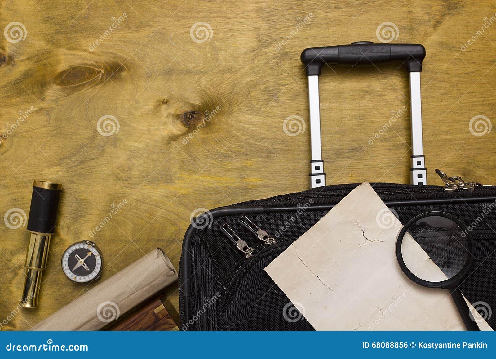 手提箱和旅行袋子