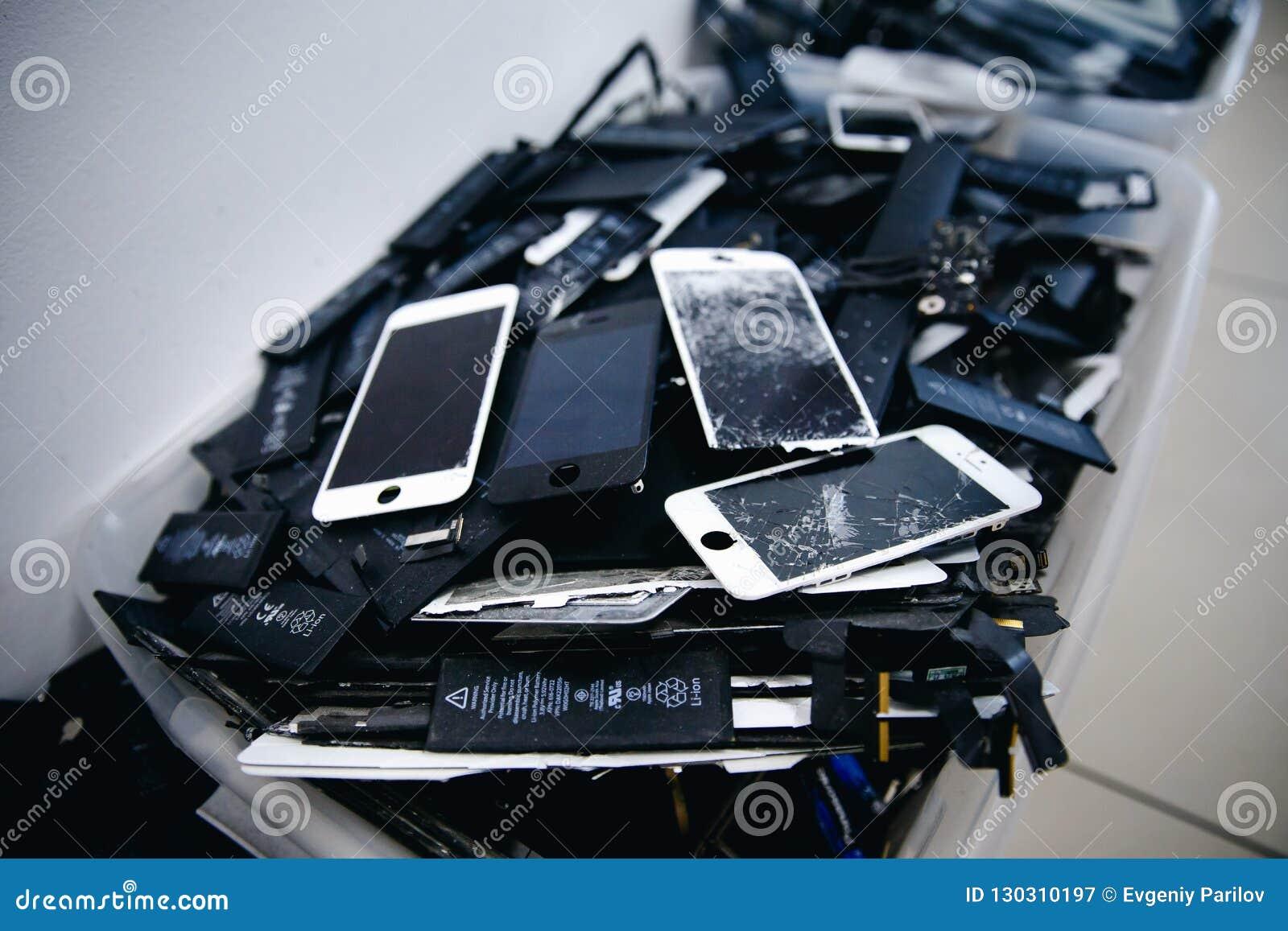 手机电池,片剂,残破的屏幕LCD iPhone