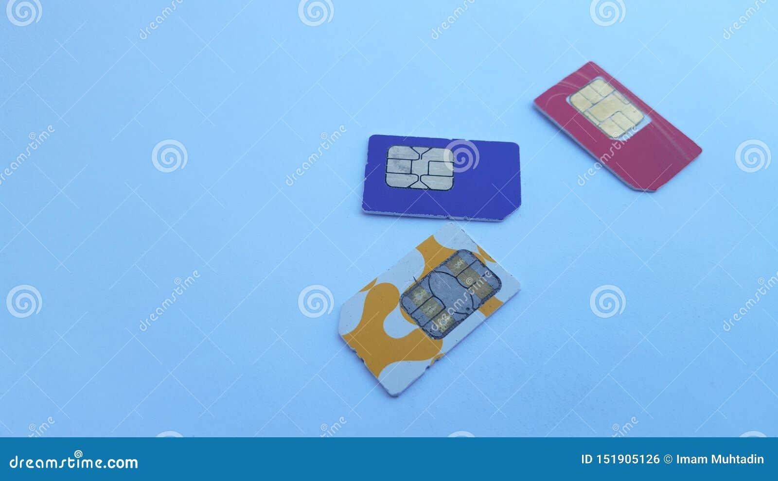 手机sim卡片,其中一技术在通信领域
