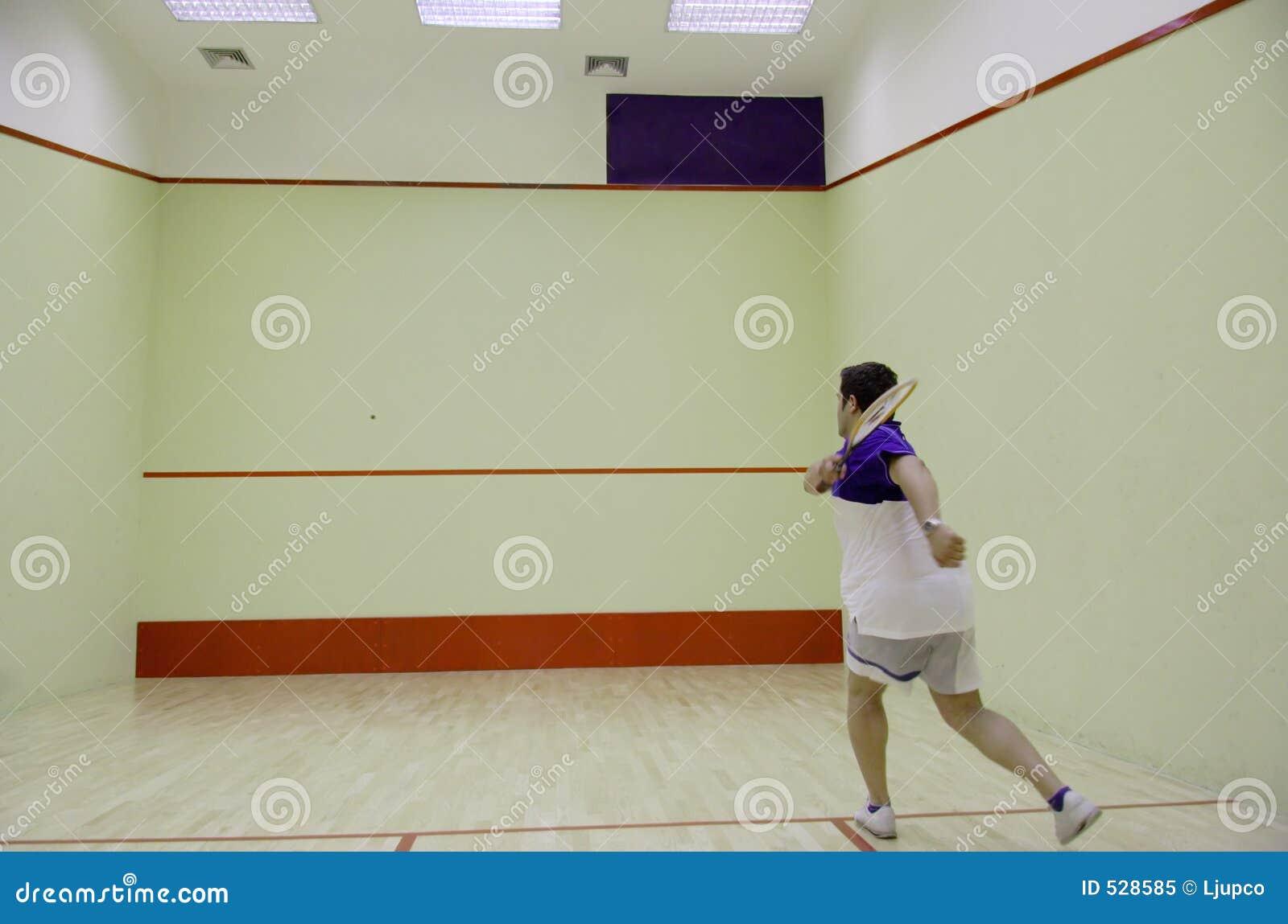 Download 打墙网球的人员 库存图片. 图片 包括有 适应, 健康, 工作成绩, 符合, 活动家, 竹子, 室内, 线路 - 528585