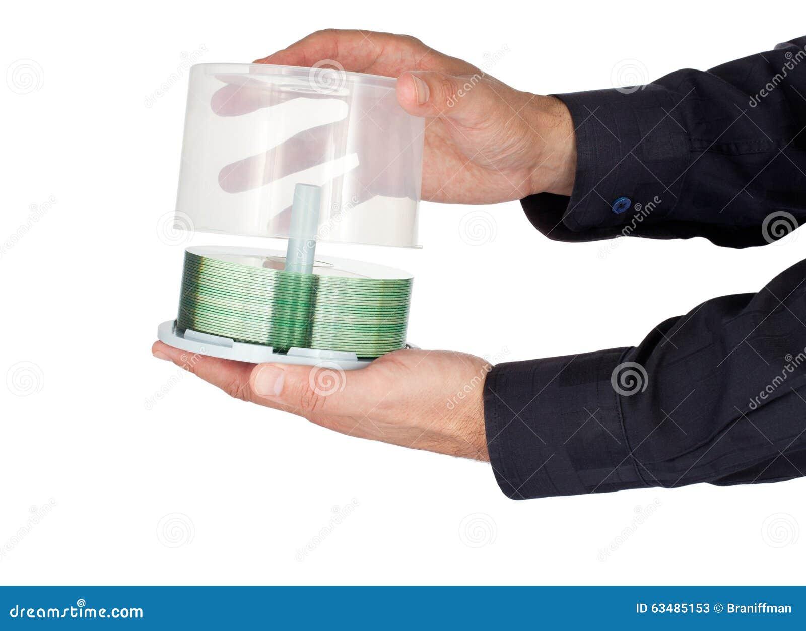 打开一个CD的容器的手