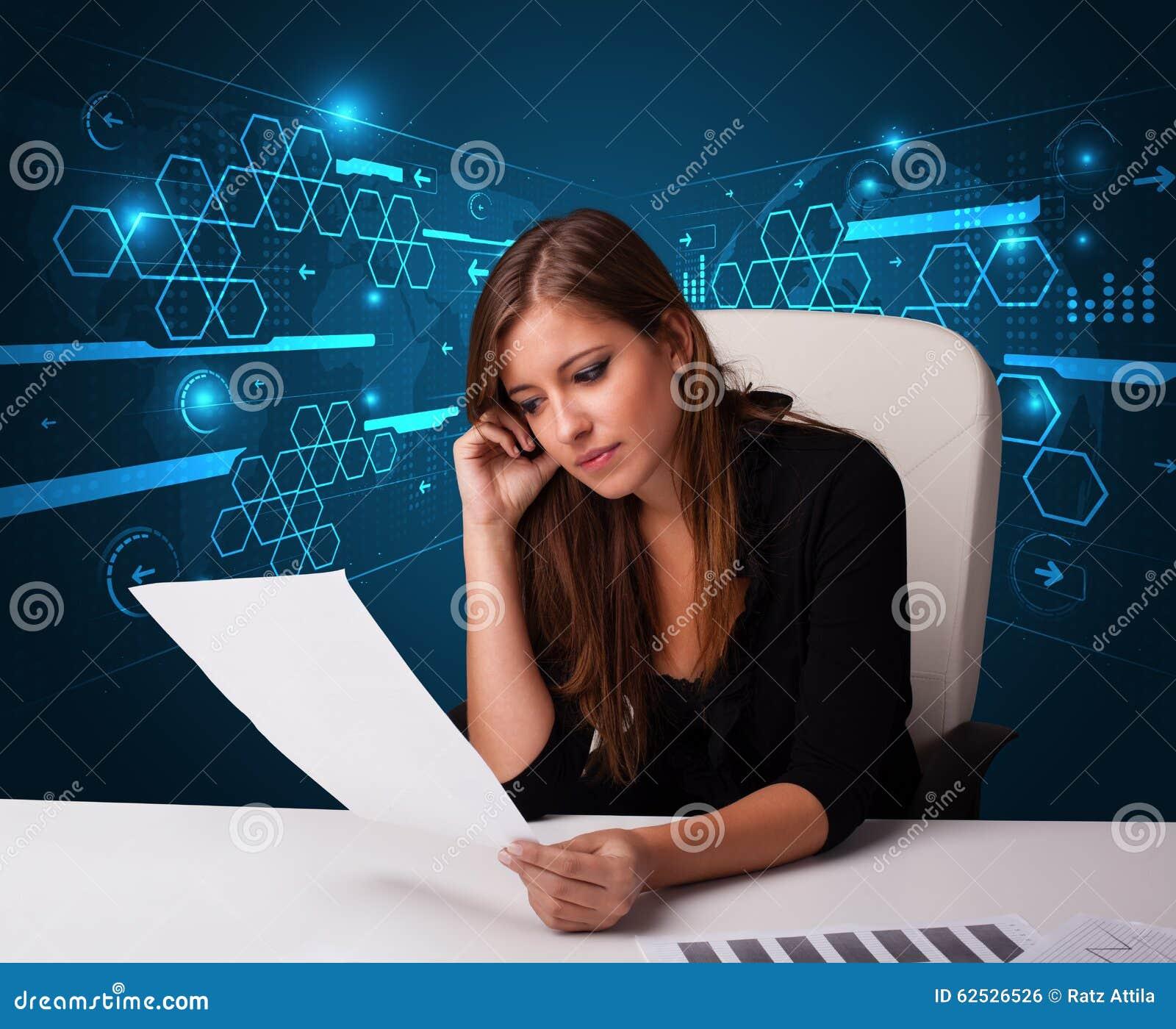 执行文书工作有未来派背景的女实业家