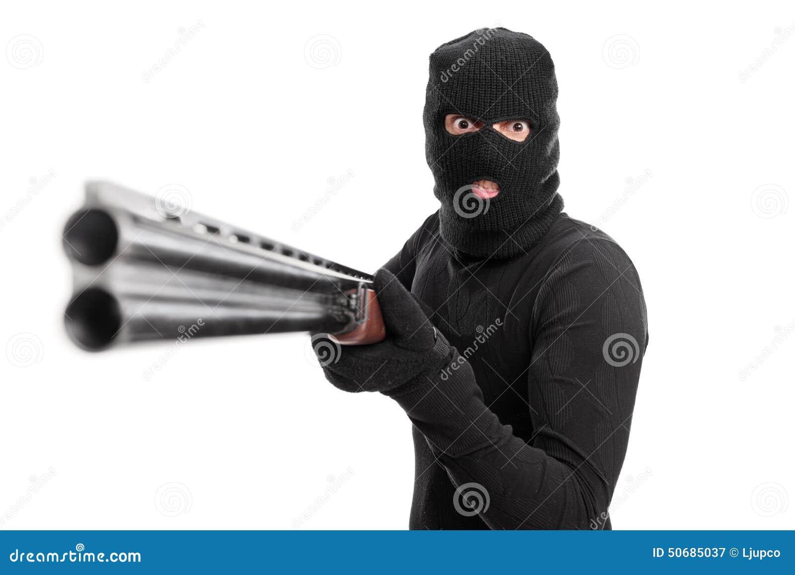 Download 把猎枪指向的恼怒的罪犯照相机 库存图片. 图片 包括有 紧张, 危险, 步枪, 摆在, 成人, 背包, 射击 - 50685037