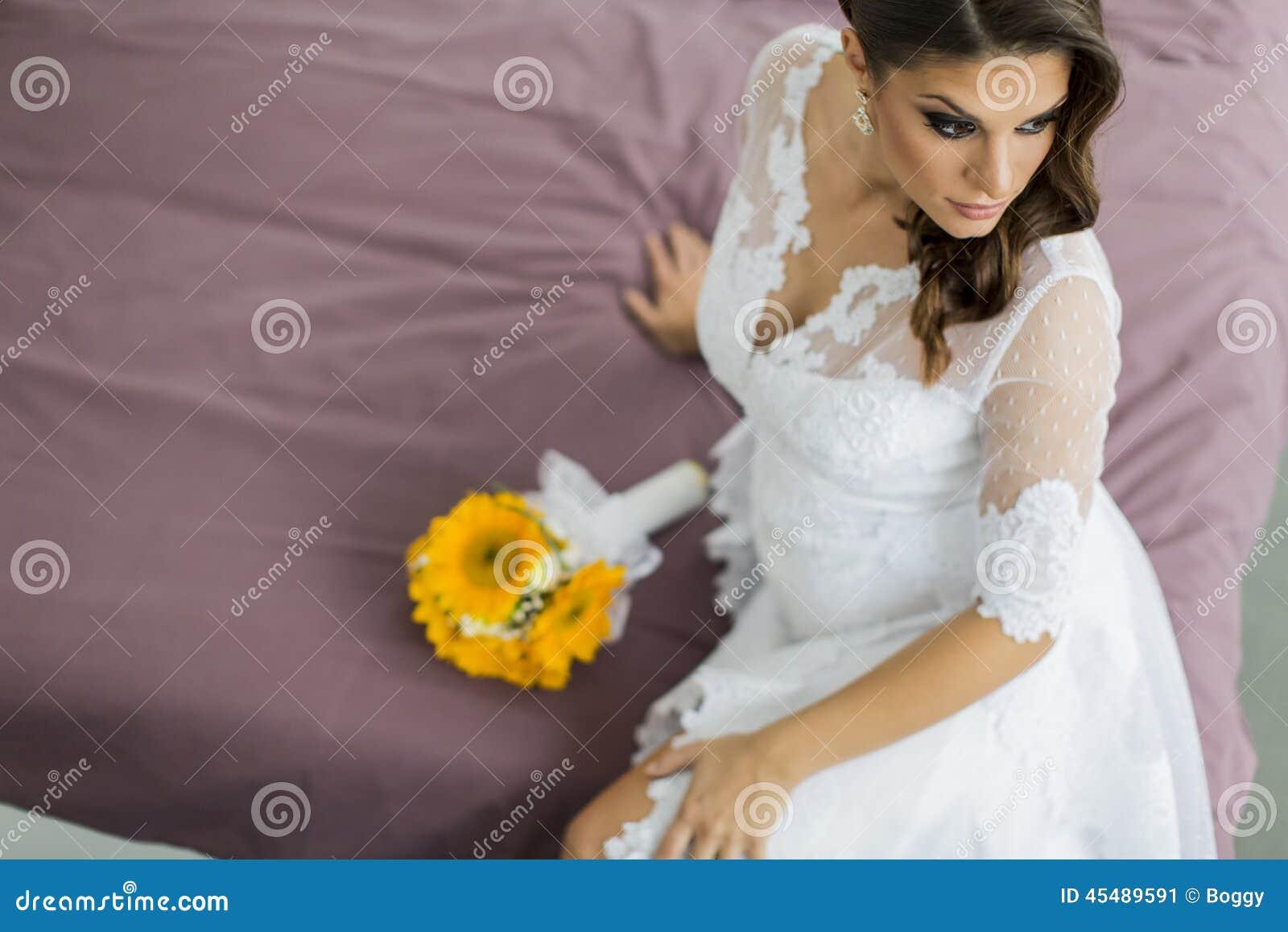 抽象背景新娘礼服女孩婚礼年轻人