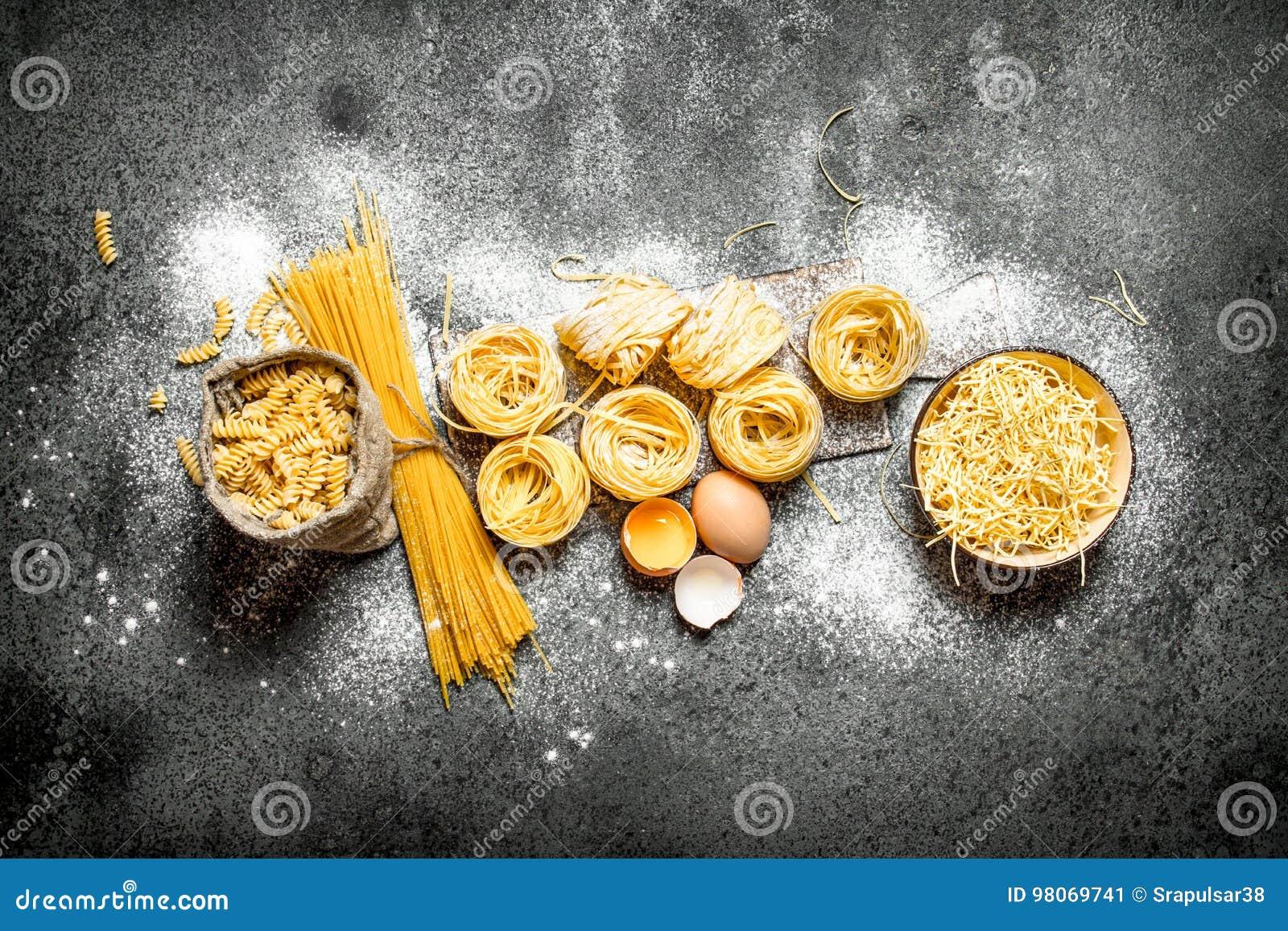抽象背景食物意大利面食纹理 烹调面团的不同的类型