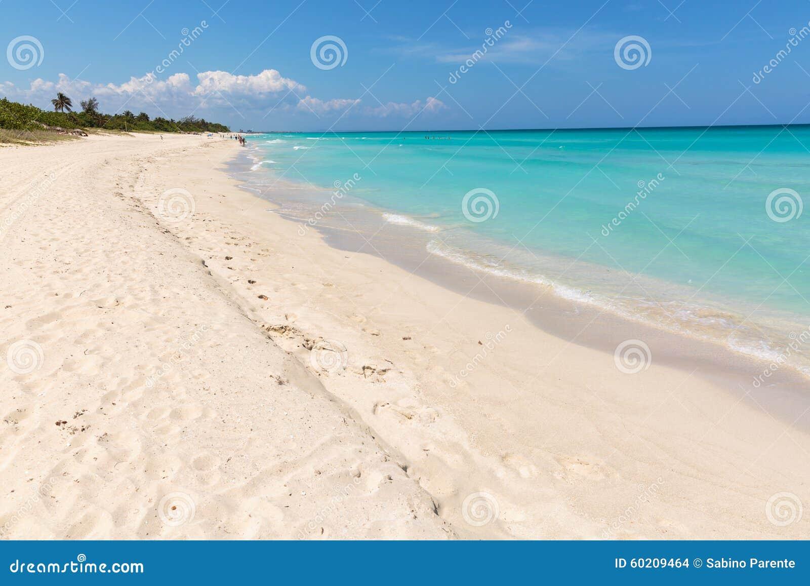 巴拉德罗角海滩