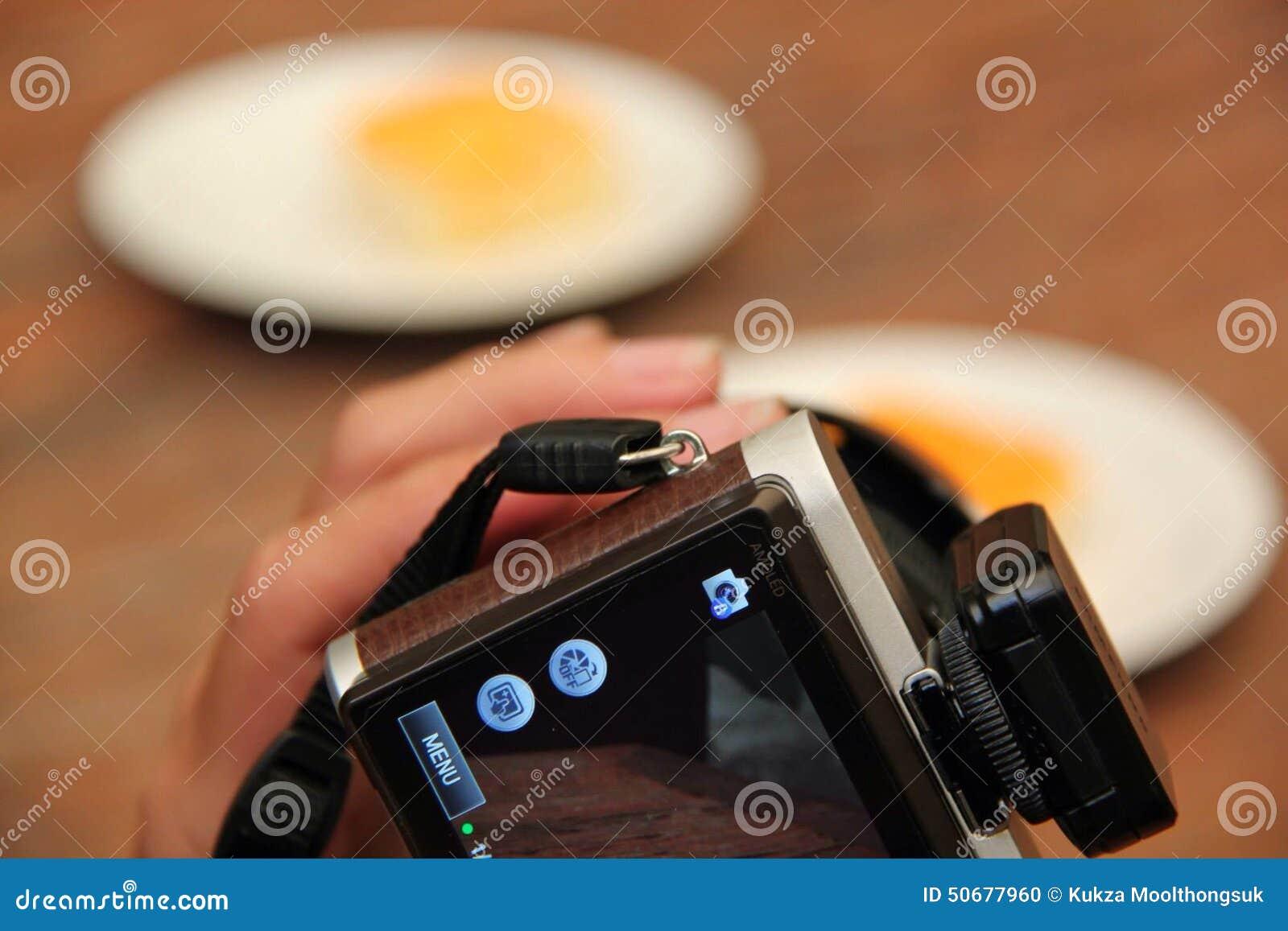 Download 拍照片 编辑类图片. 图片 包括有 快门, 了解, 照相机, 作为, 使用, 蓝蓝, 照片 - 50677960