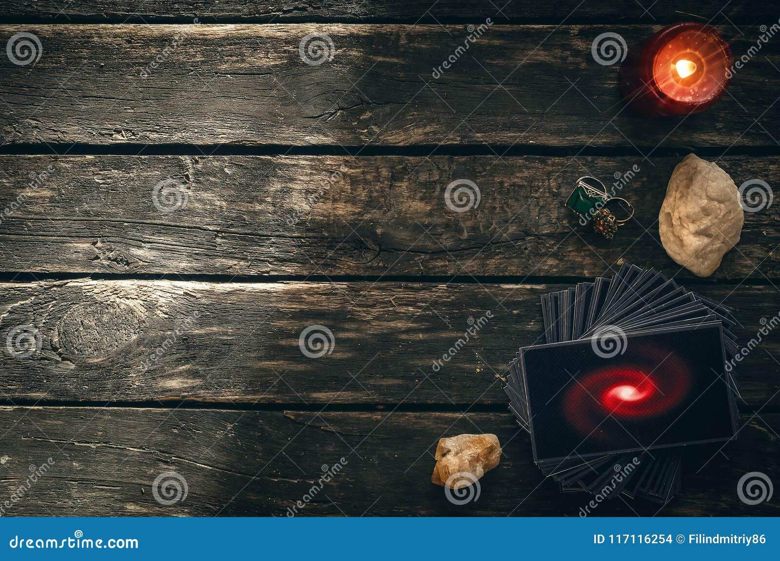 拟订tarot 未来读书概念 占卜