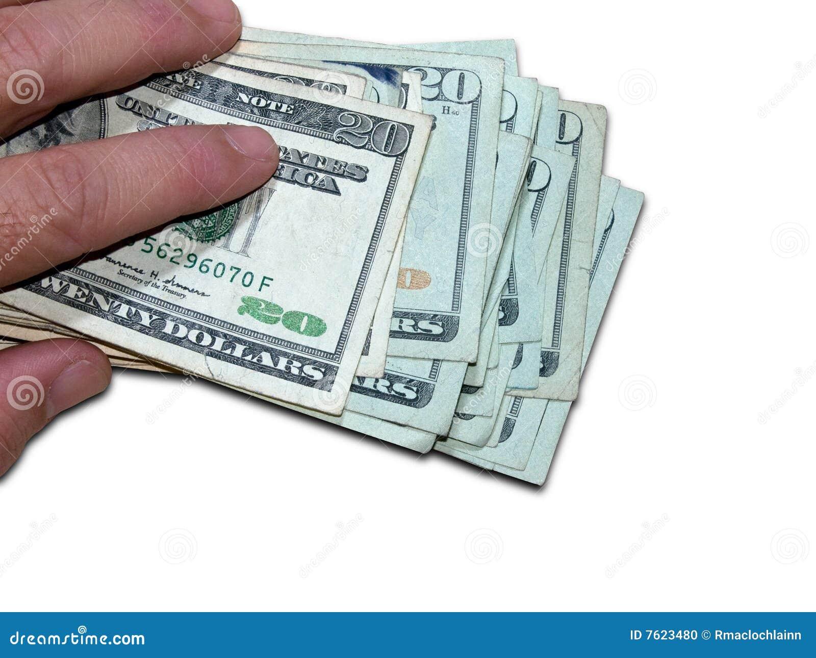 拿着一个路径一千的剪报美元