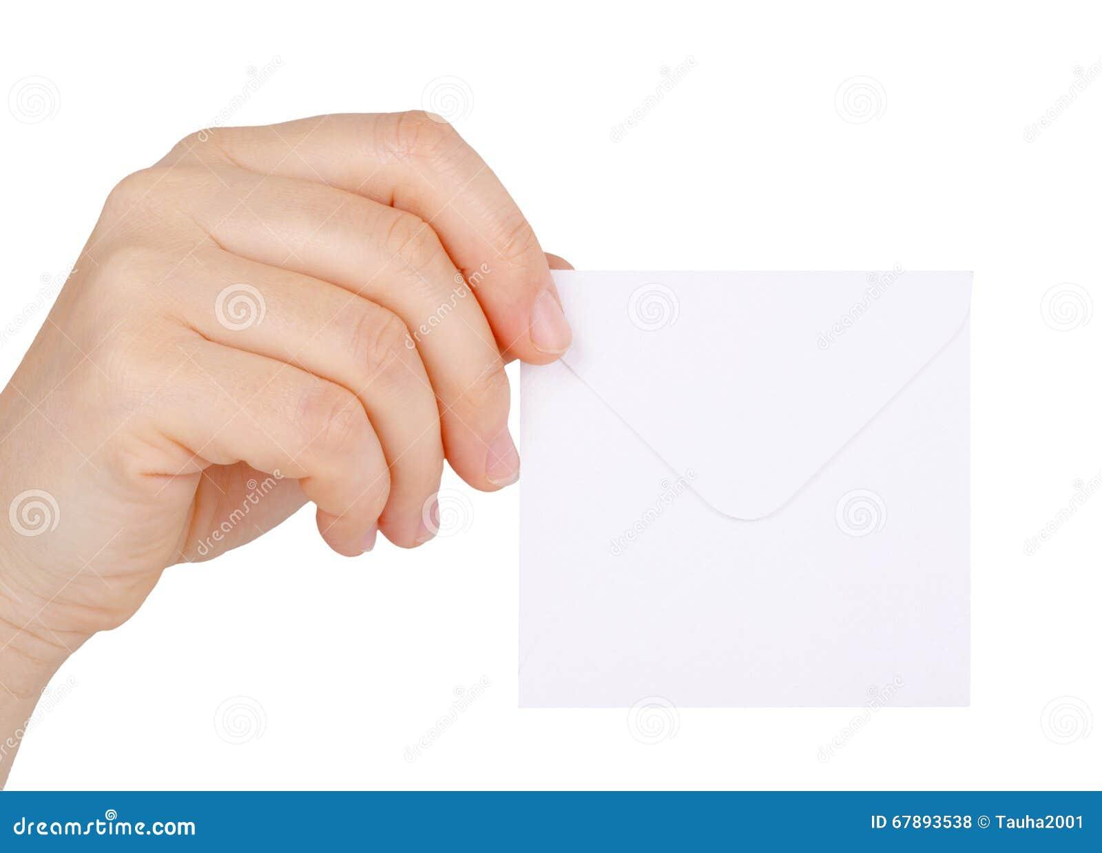 拿着信封的妇女的手被隔绝在白色