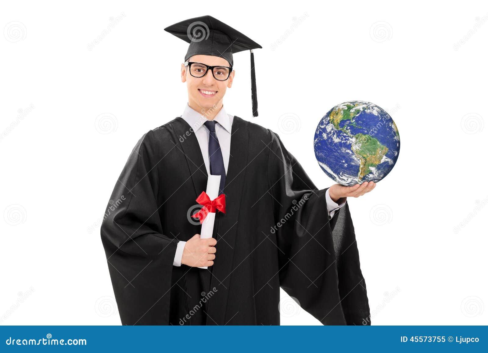 拿着重点和图象的初中毕业生隔绝在文凭白色,在公共领域的大学背景和世界地球铜仁市图片