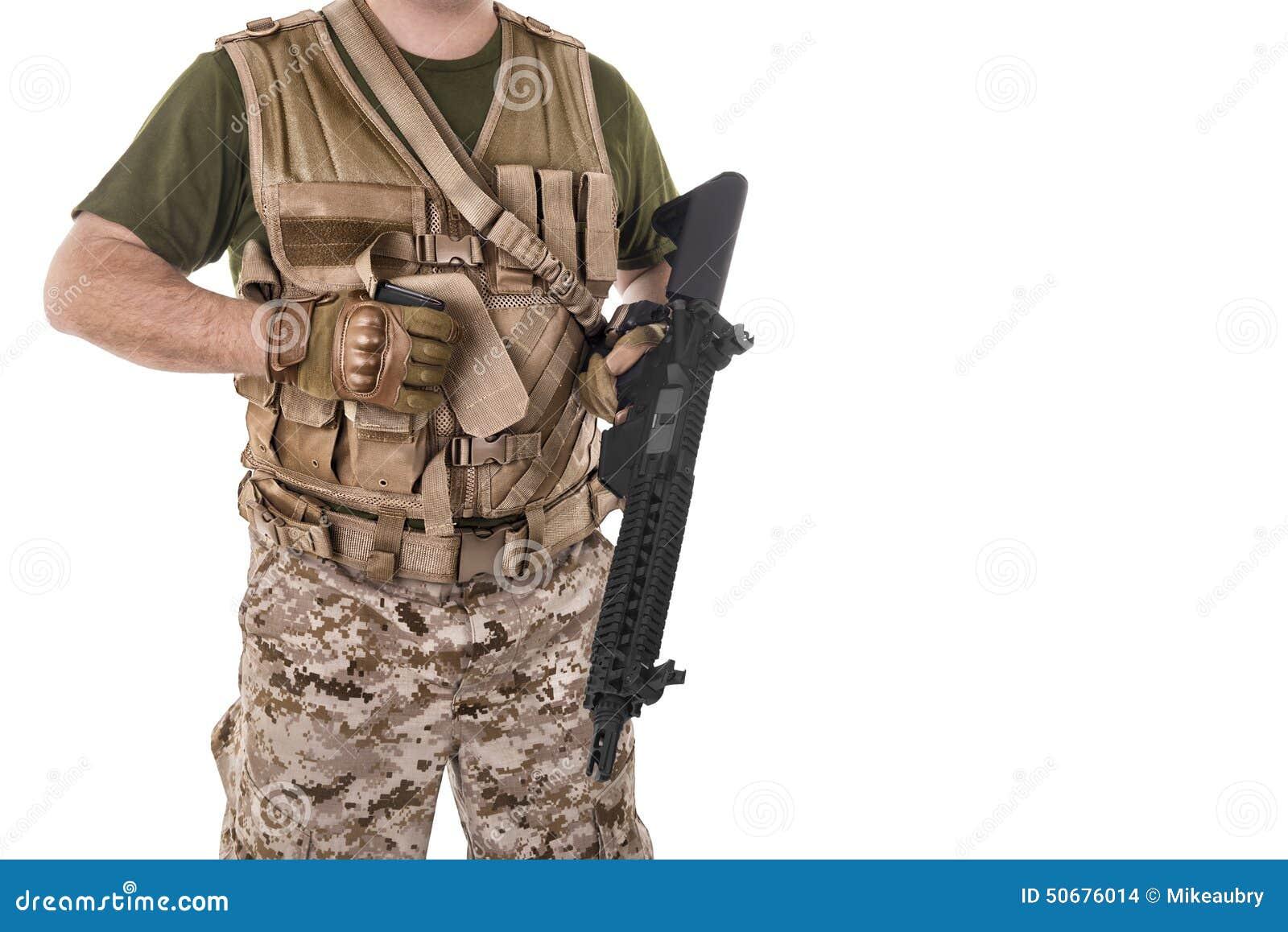 Download 拿着他的枪的战士人 库存照片. 图片 包括有 次幂, 手表, 战士, 步兵, 无法认出, 军事, 背心, 人员 - 50676014