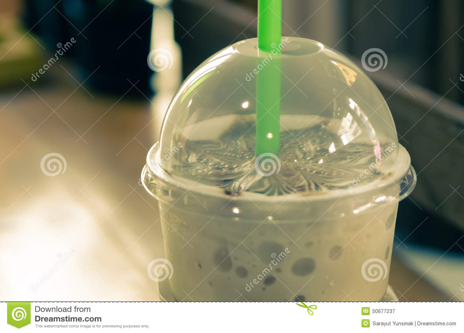 Download 拿铁艺术咖啡过程葡萄酒样式 库存图片. 图片 包括有 关闭, 框架, latte, 打赌的人, 咖啡, 细分 - 50677237
