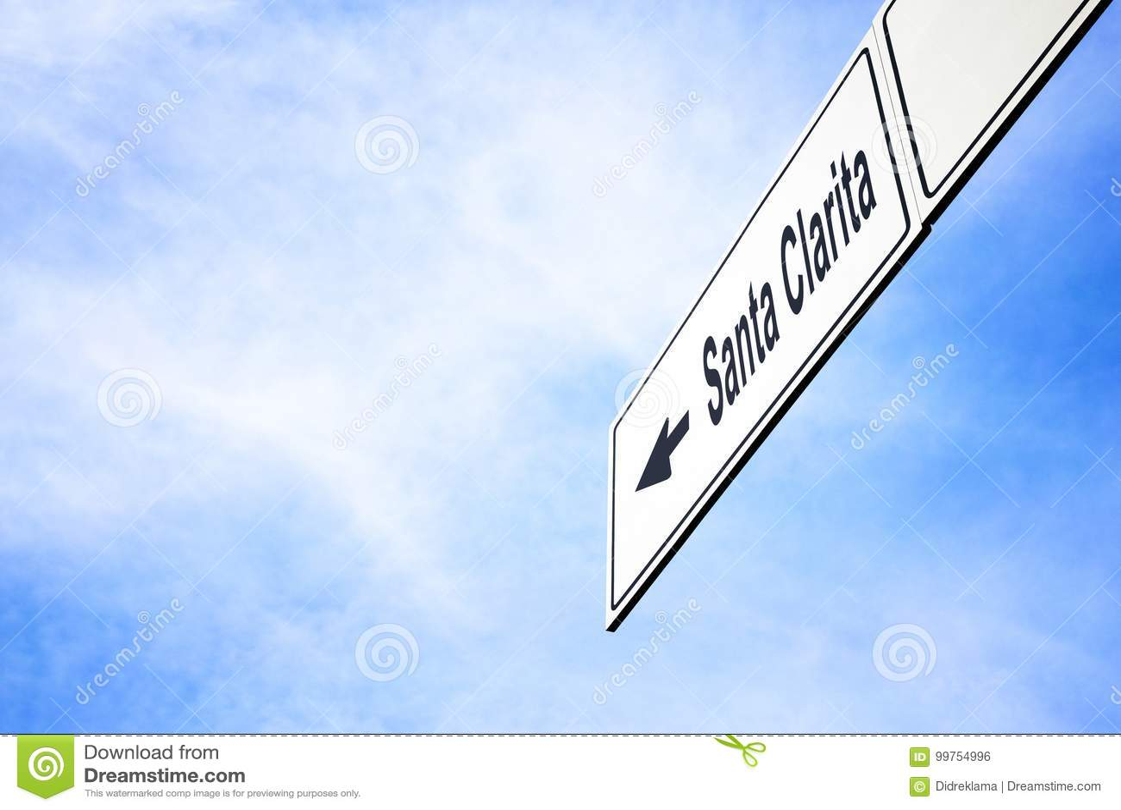 指向往圣塔克拉里塔的牌