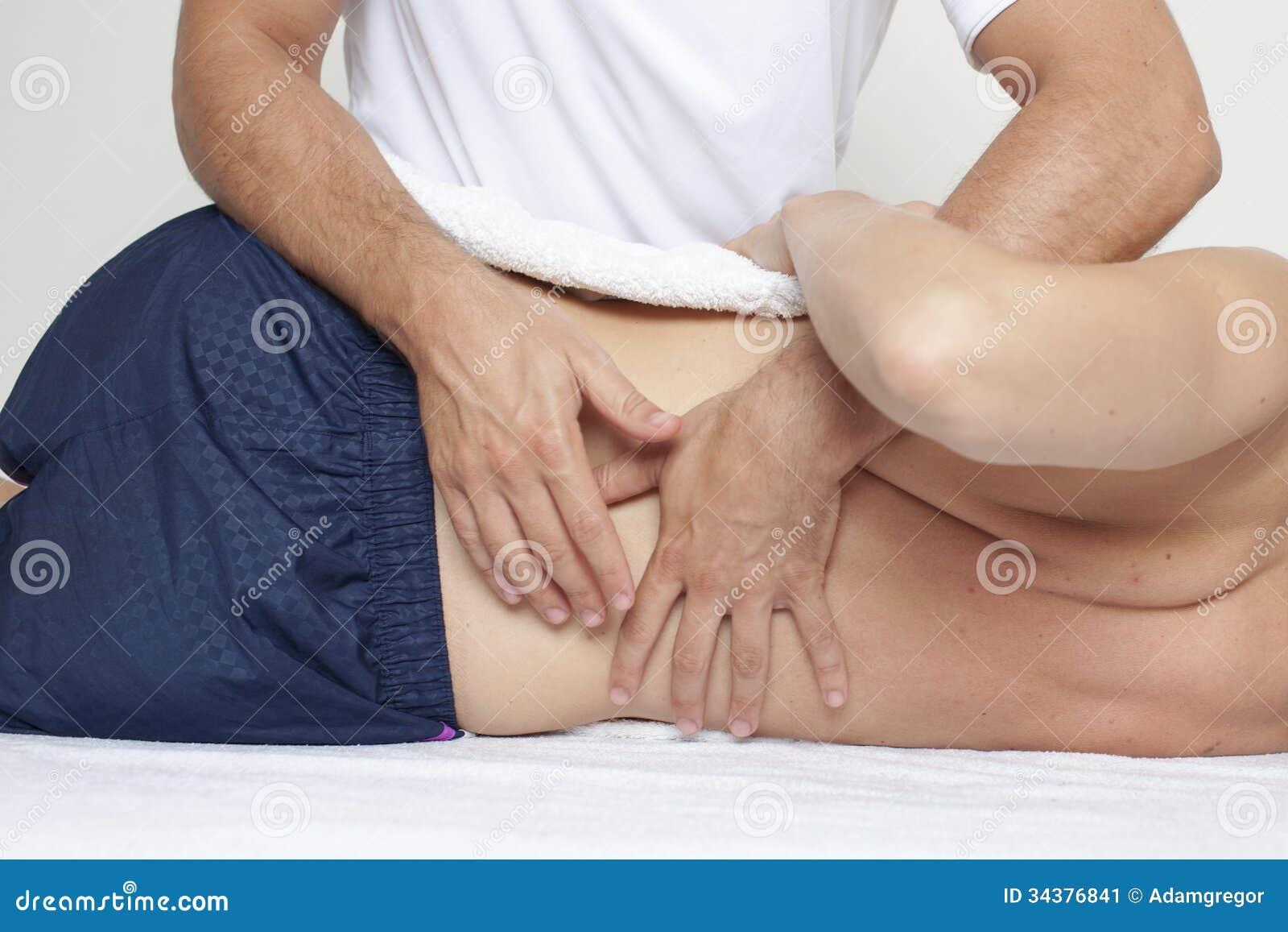 按摩脊柱治疗者关心