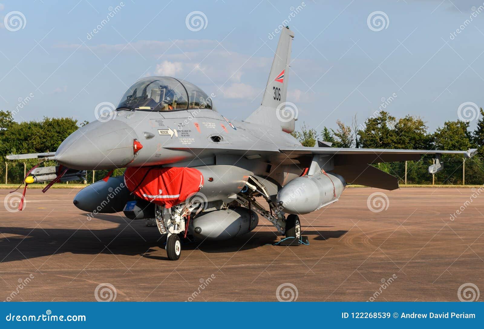 挪威人空军队F-16战斗机航空器