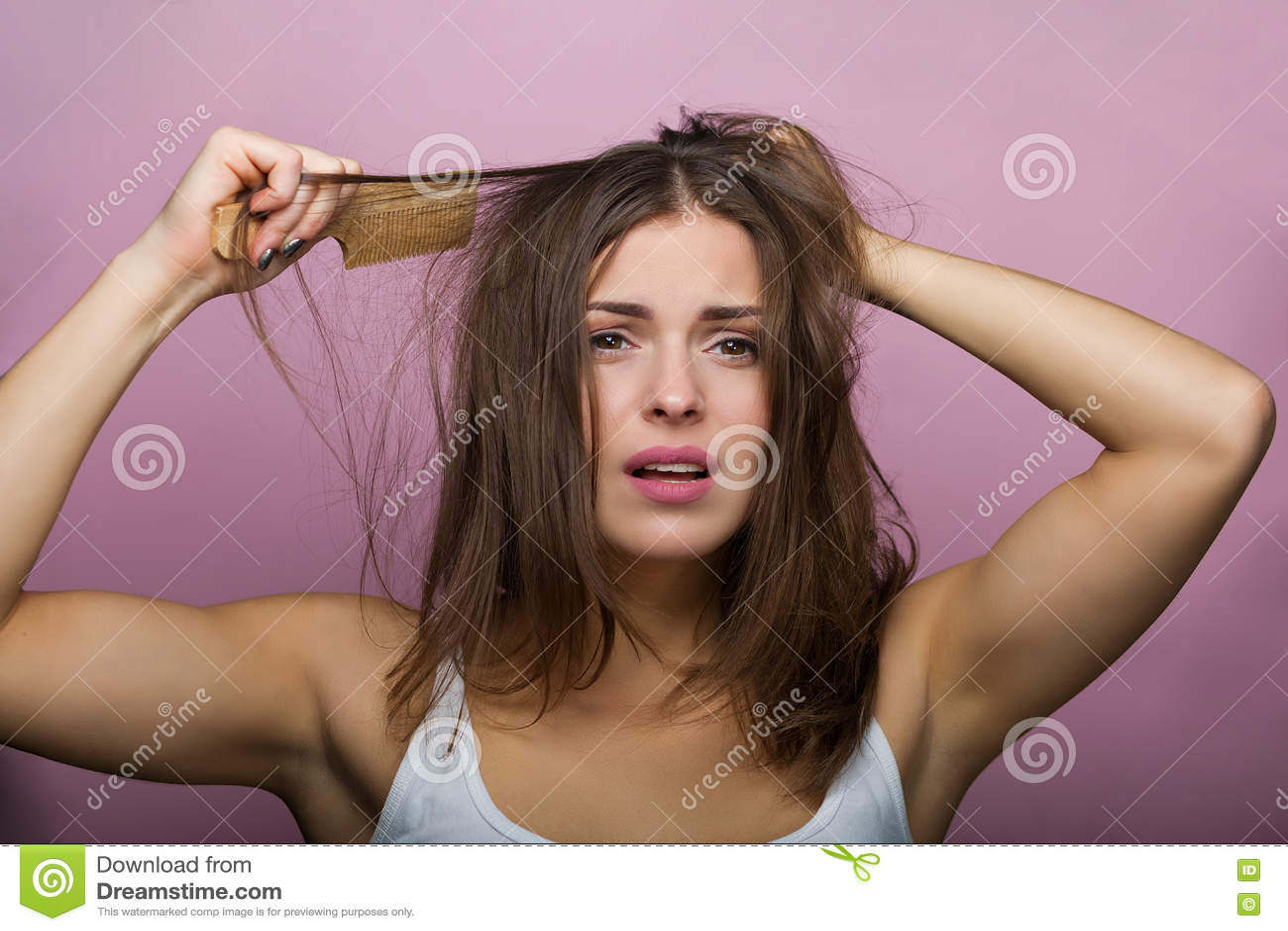 掠过的头发她的妇女