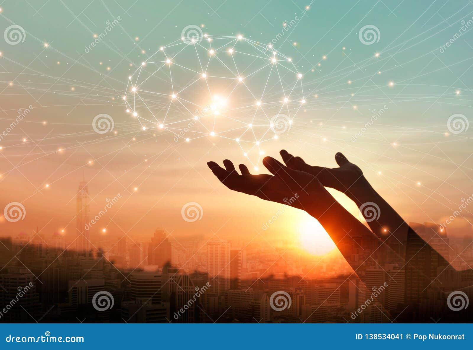 接触数字脑子网络连接,电信,创新技术的抽象棕榈手在科学和