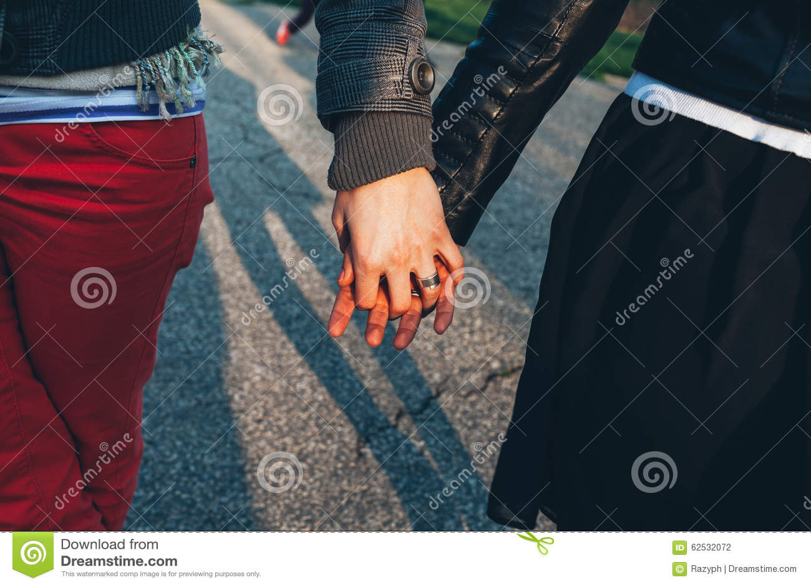 握朋友的手