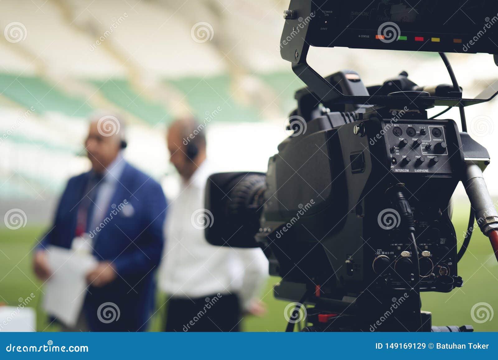 摄像头透镜-记录的展示在电视演播室-焦点